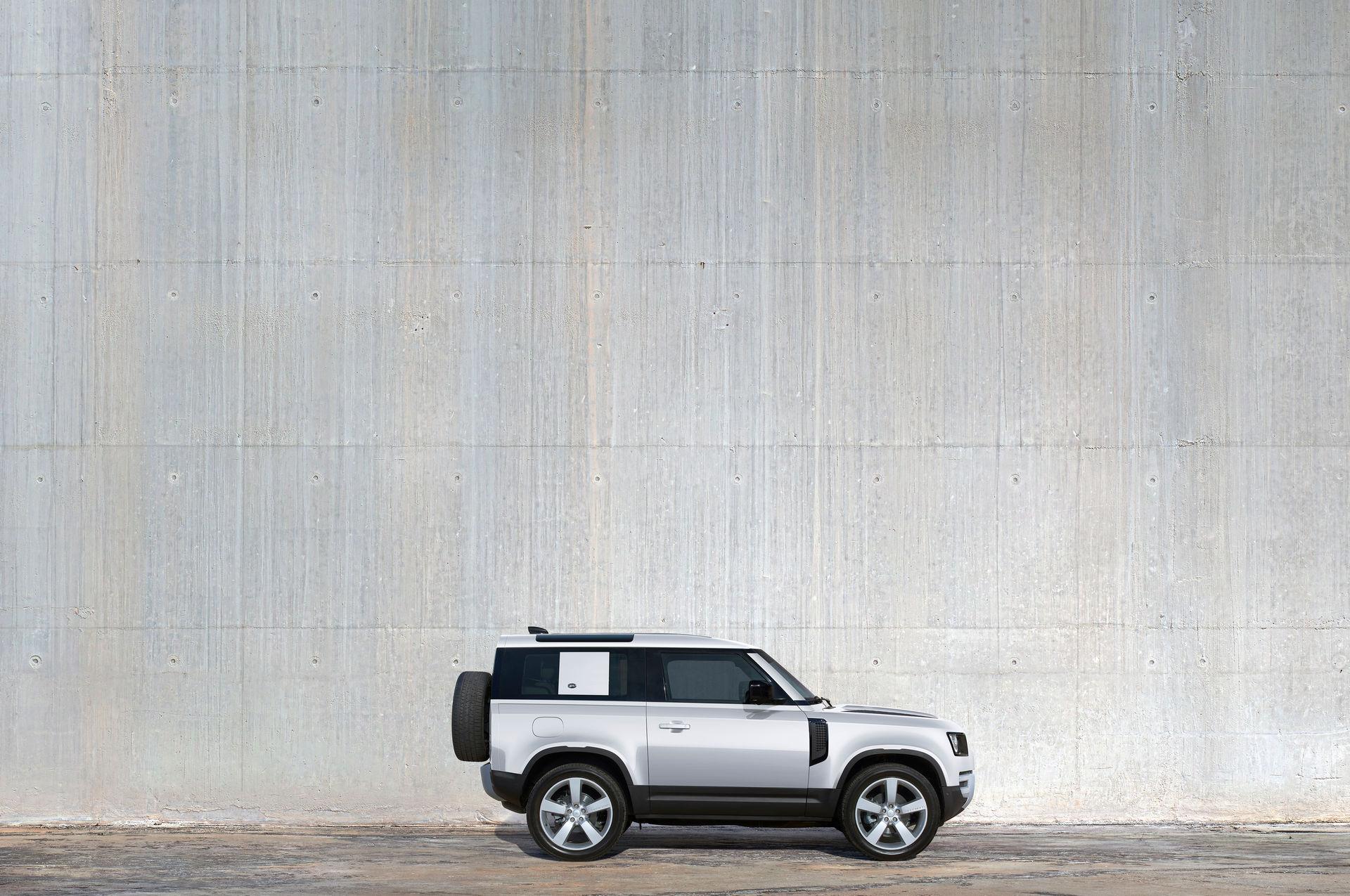 2021-Land-Rover-Defender-54