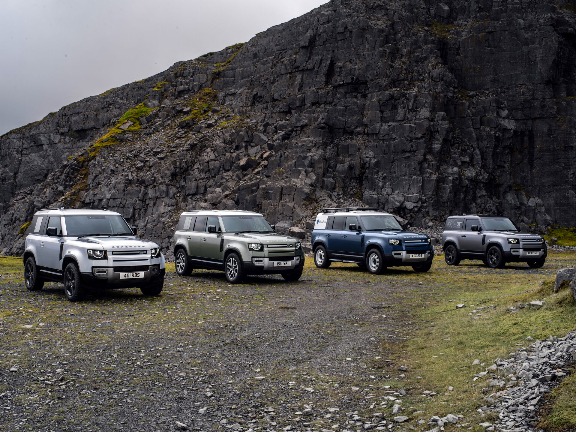 2021-Land-Rover-Defender-59