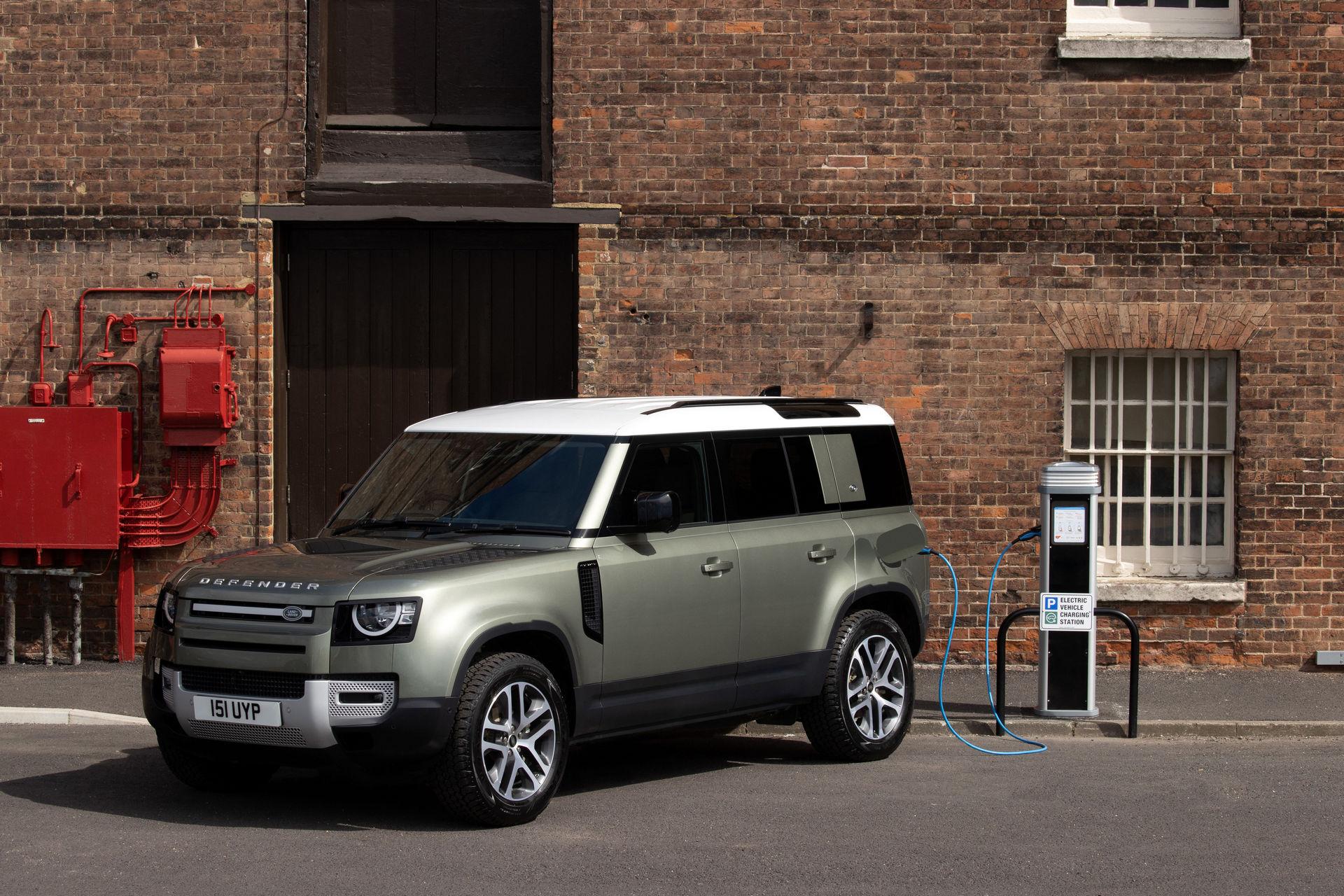 2021-Land-Rover-Defender-64