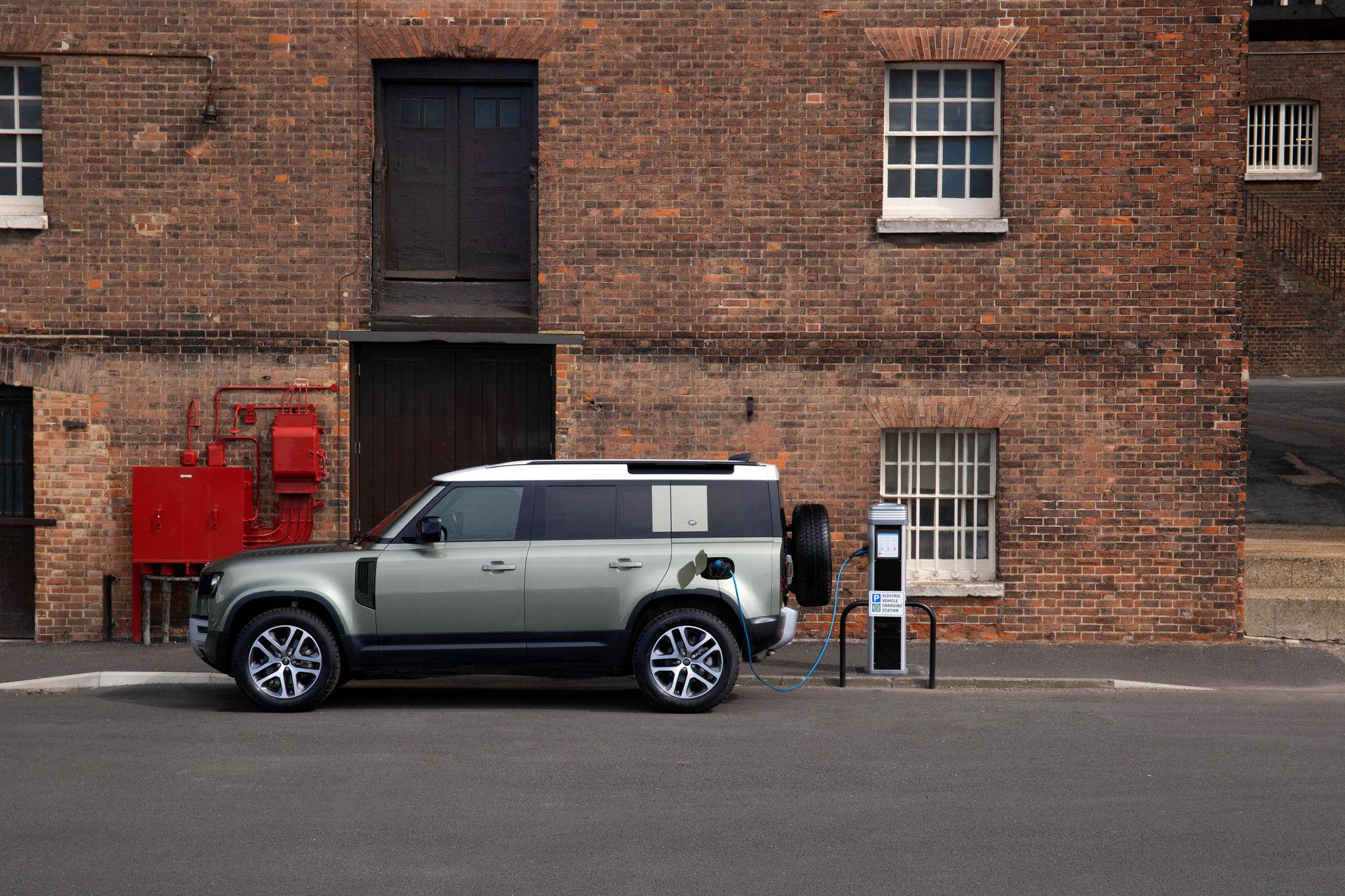 2021-Land-Rover-Defender-65