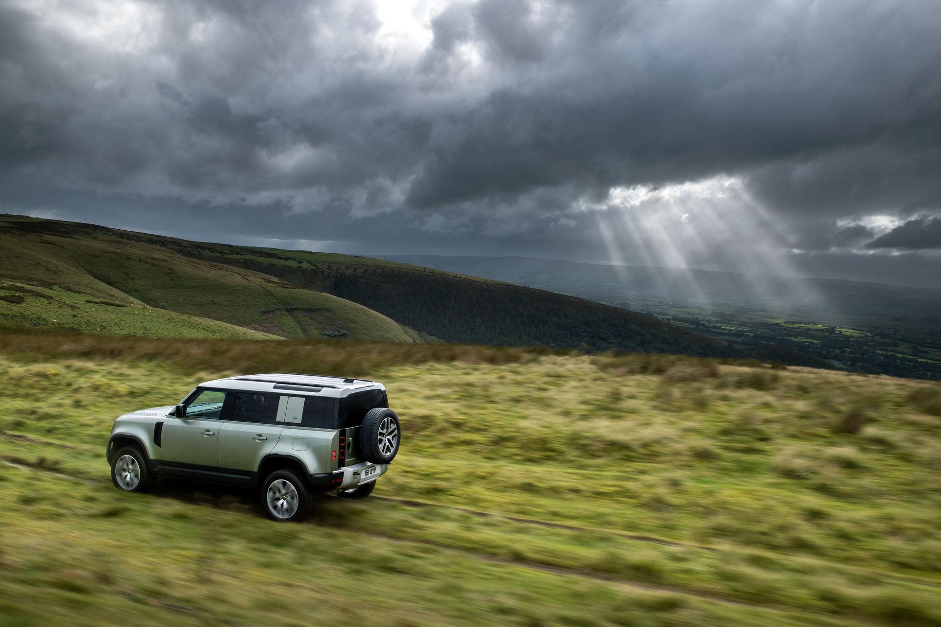 2021-Land-Rover-Defender-67