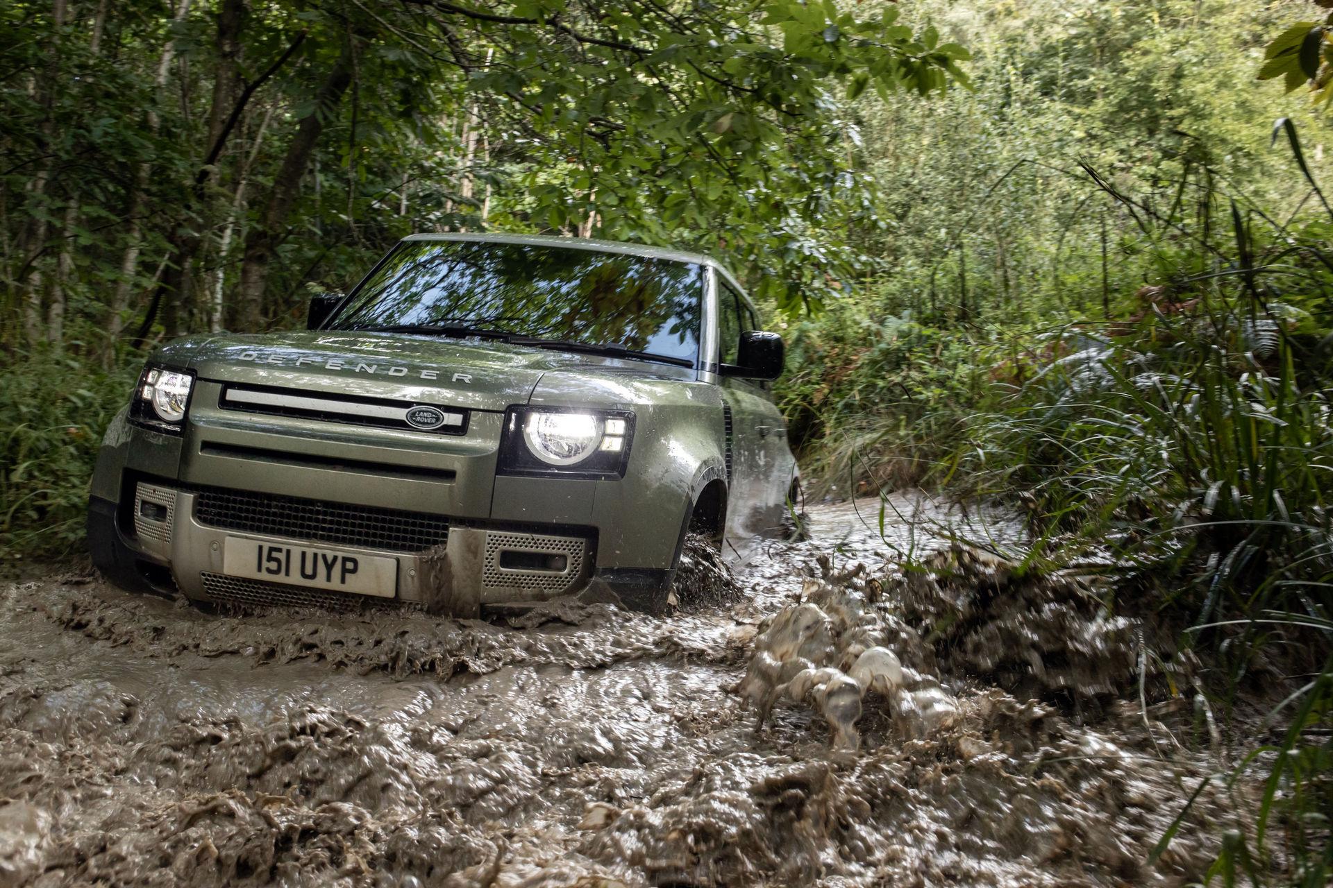 2021-Land-Rover-Defender-79