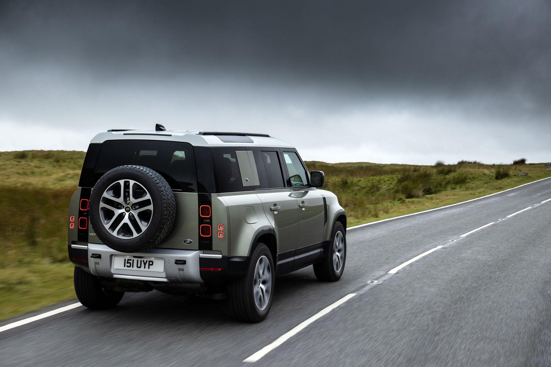 2021-Land-Rover-Defender-82