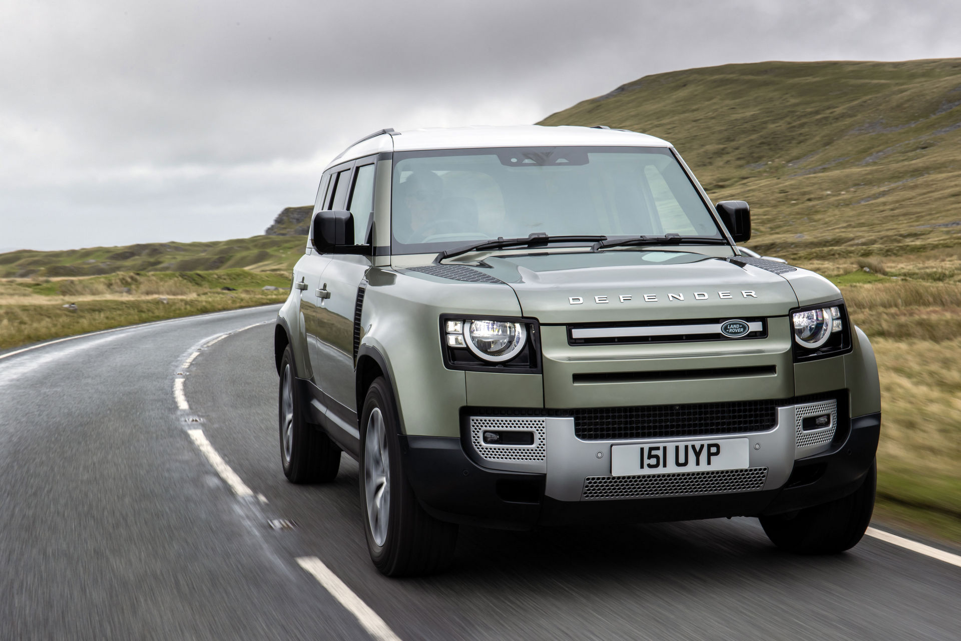2021-Land-Rover-Defender-85