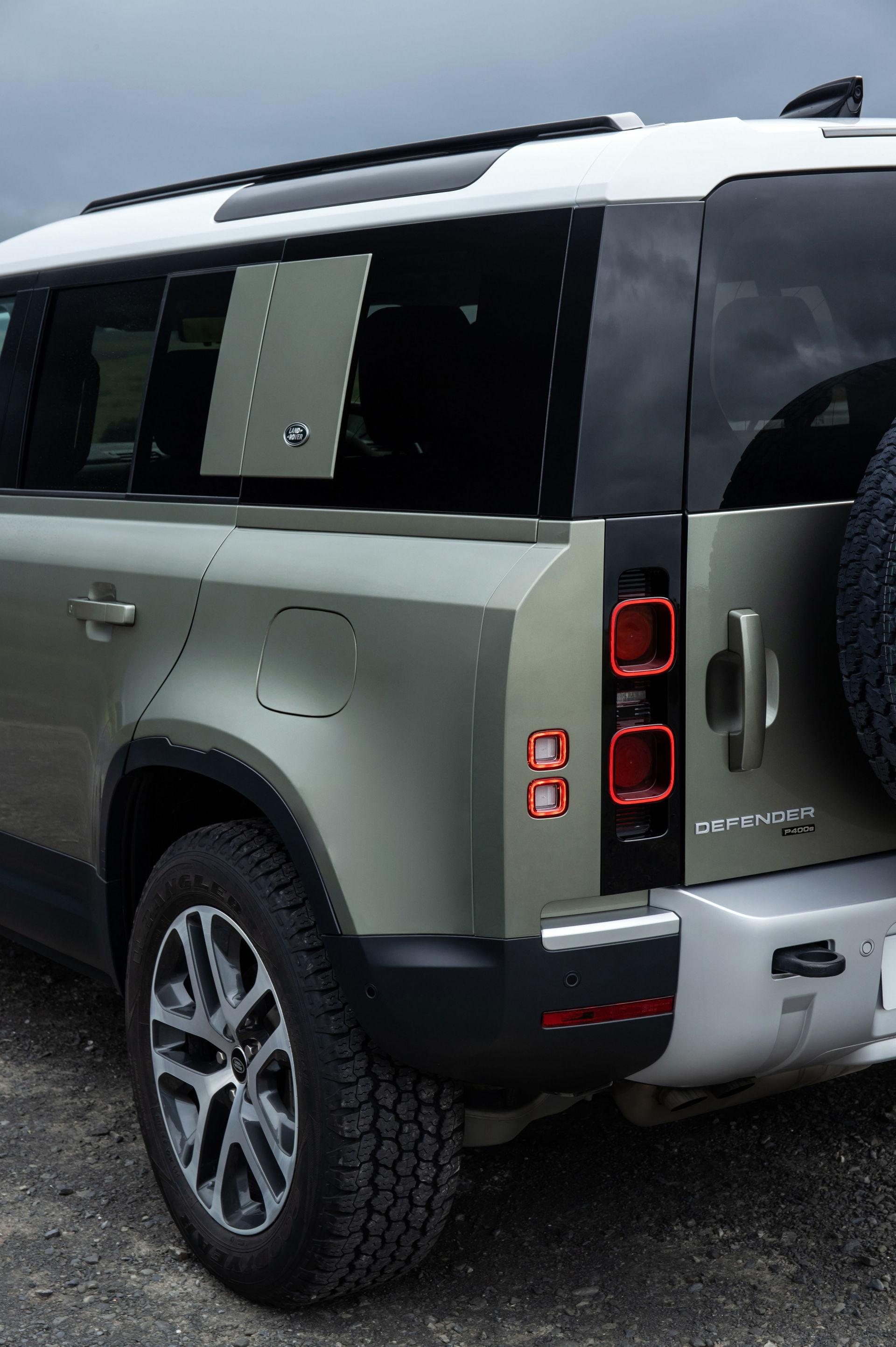 2021-Land-Rover-Defender-91