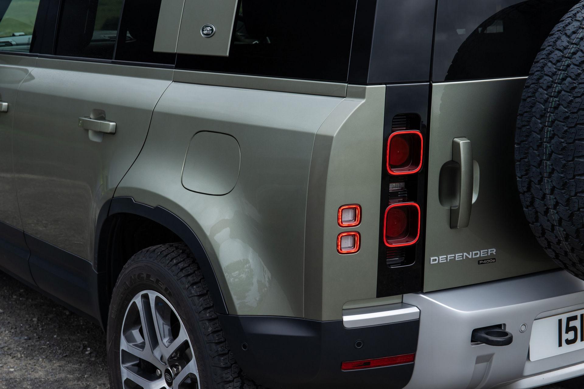 2021-Land-Rover-Defender-92