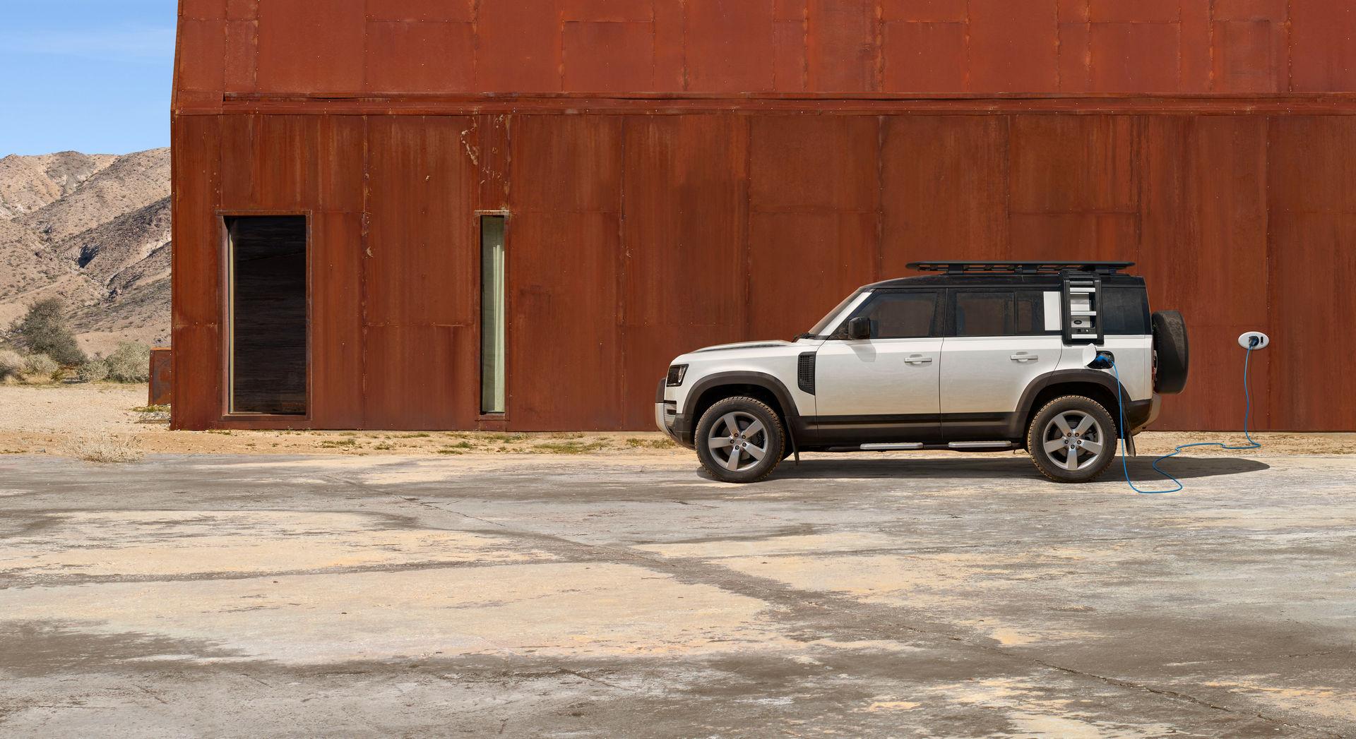 2021-Land-Rover-Defender-93