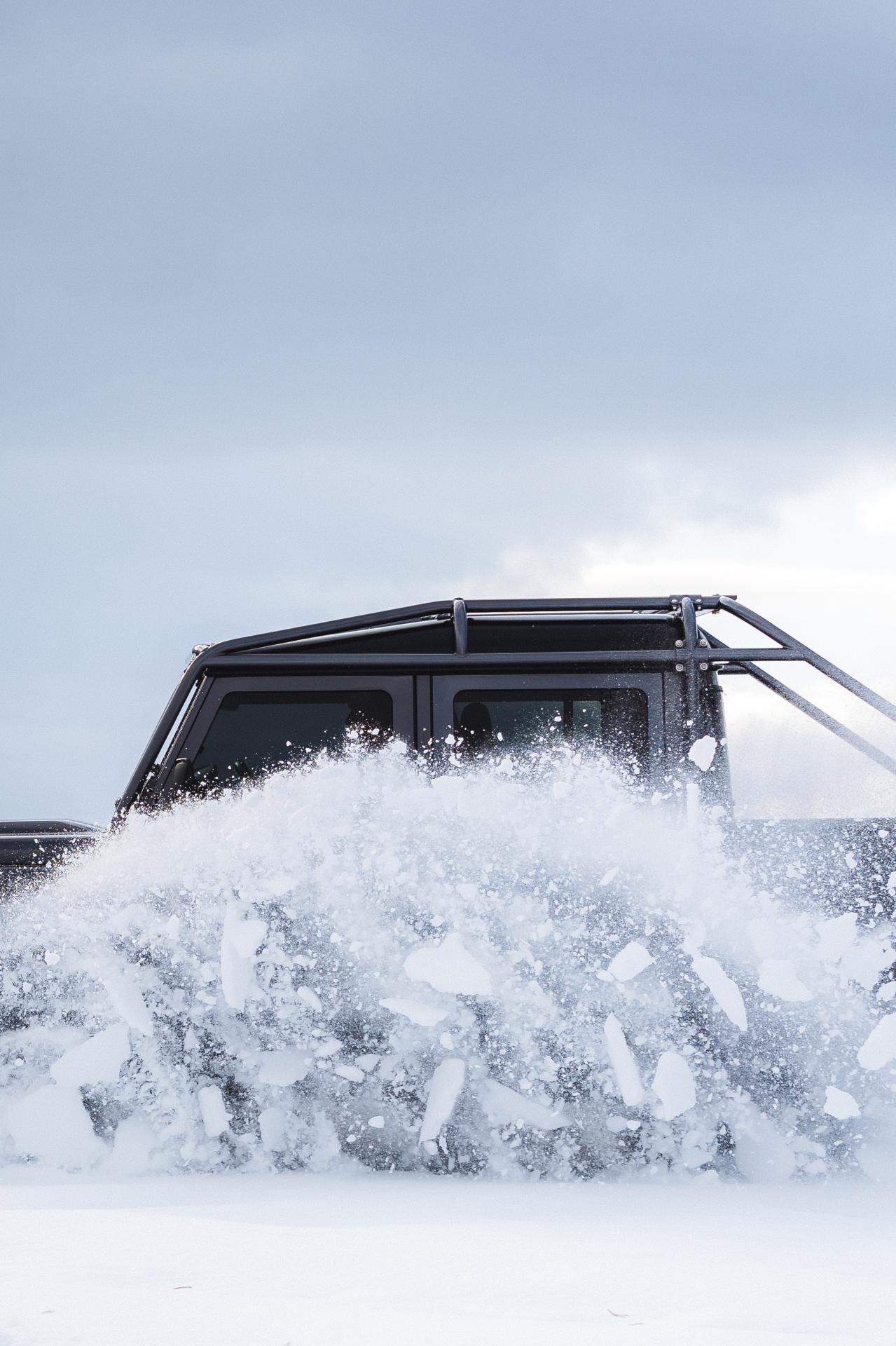 Land_Rover_Defender_by_Himalaya_0004