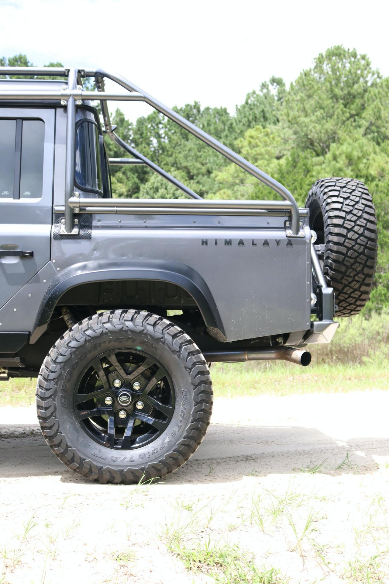 Land_Rover_Defender_by_Himalaya_0006