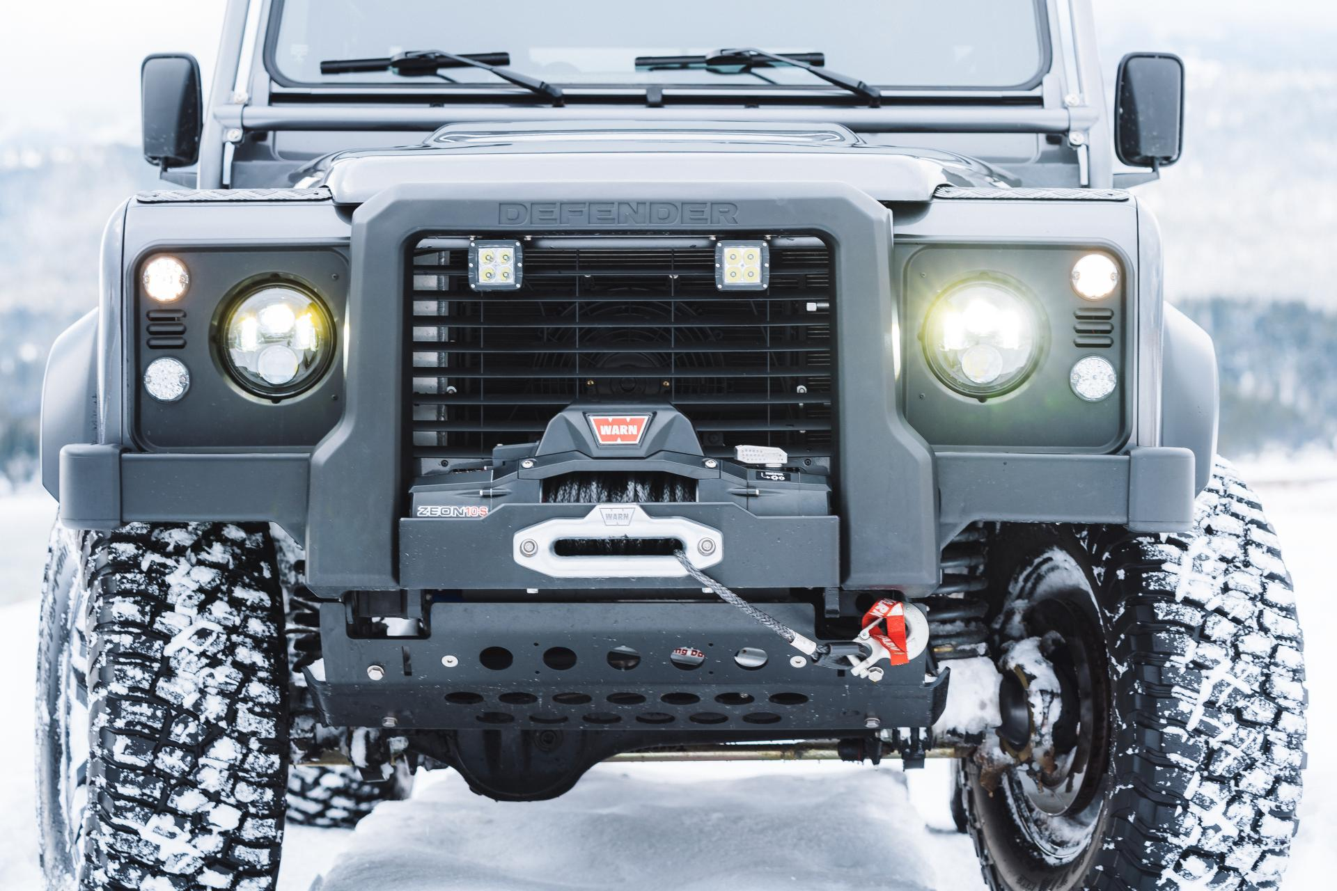 Land_Rover_Defender_by_Himalaya_0011
