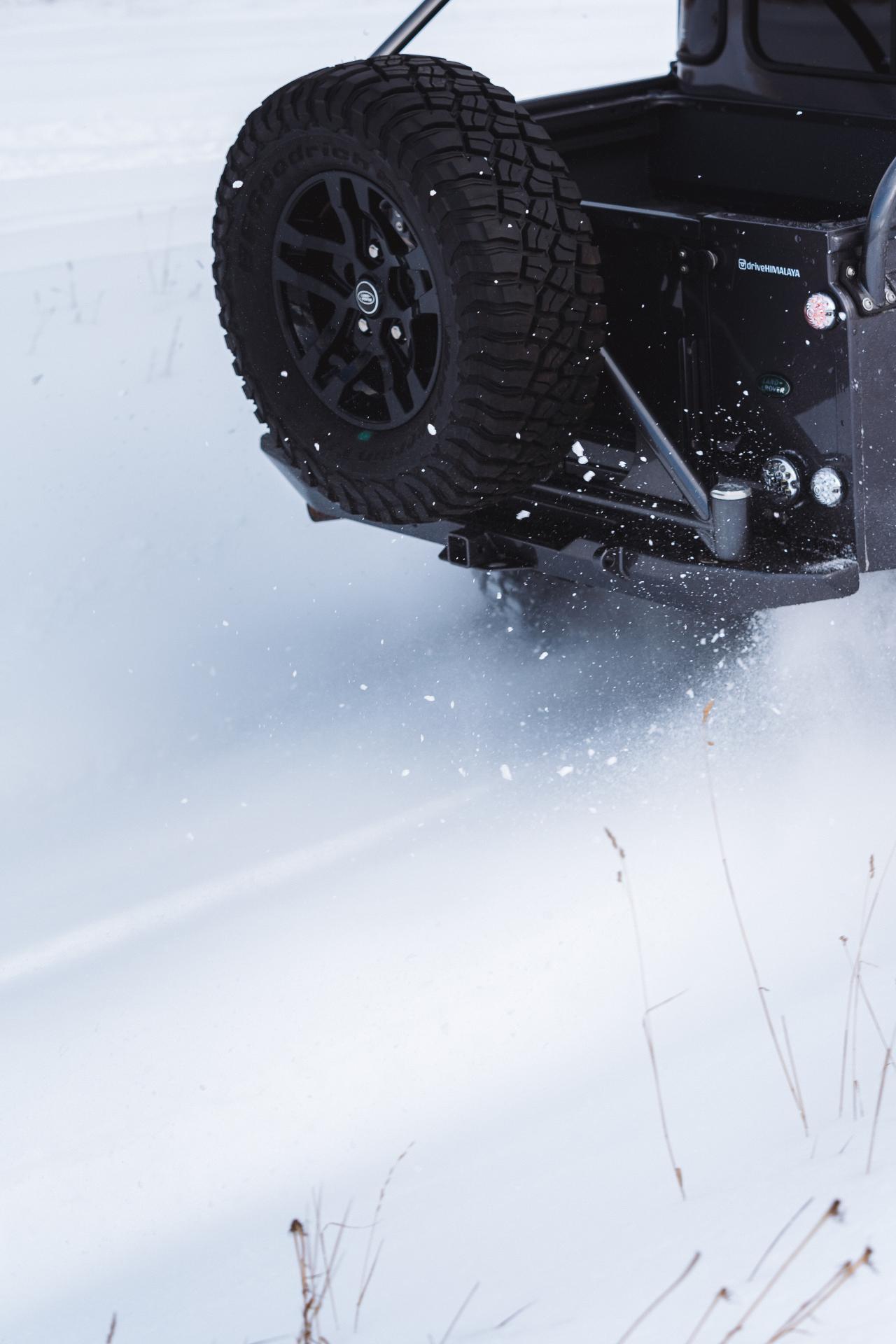 Land_Rover_Defender_by_Himalaya_0014