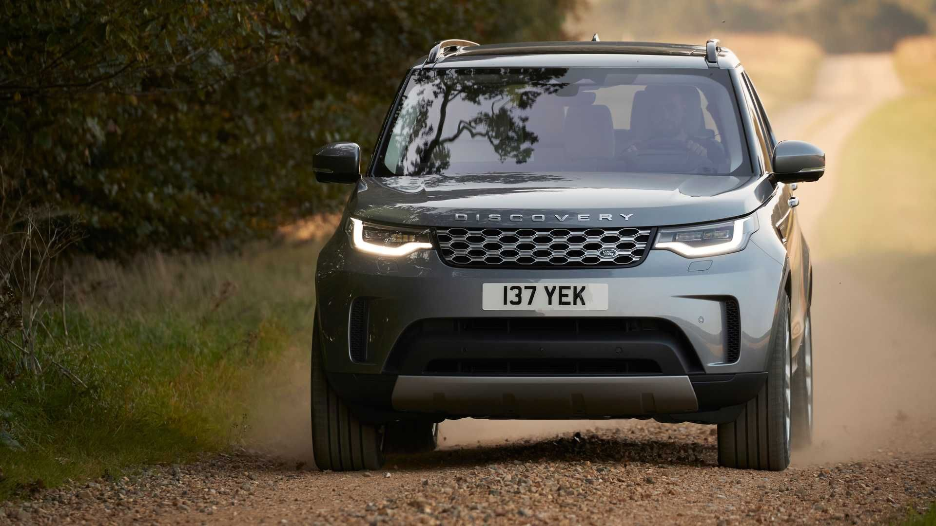 2021-Land-Rover-Discovery-2
