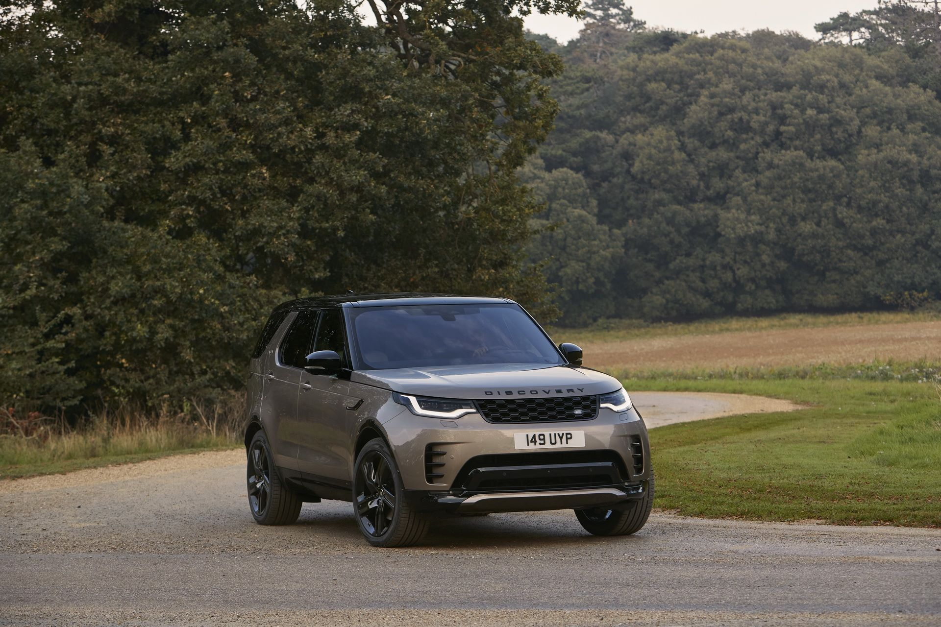 2021-Land-Rover-Discovery-20-1