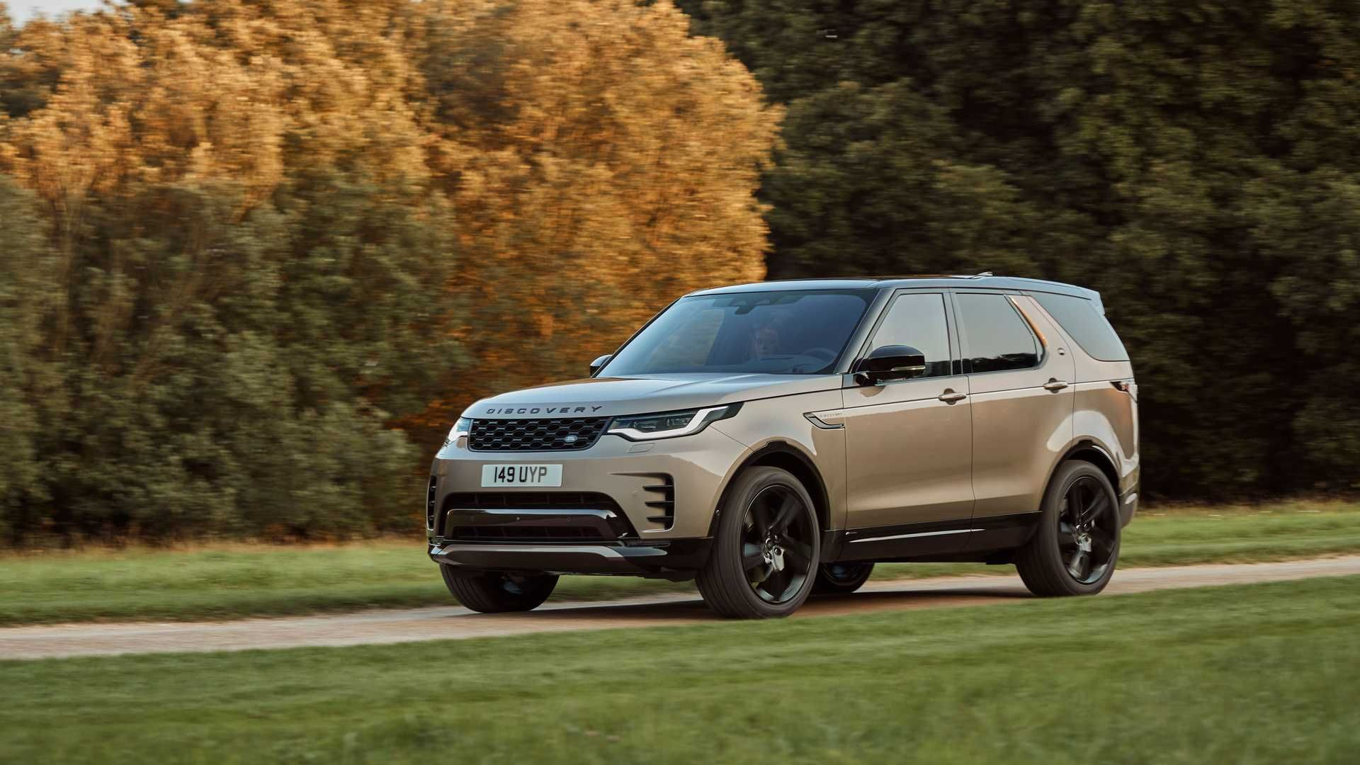 2021-Land-Rover-Discovery-29