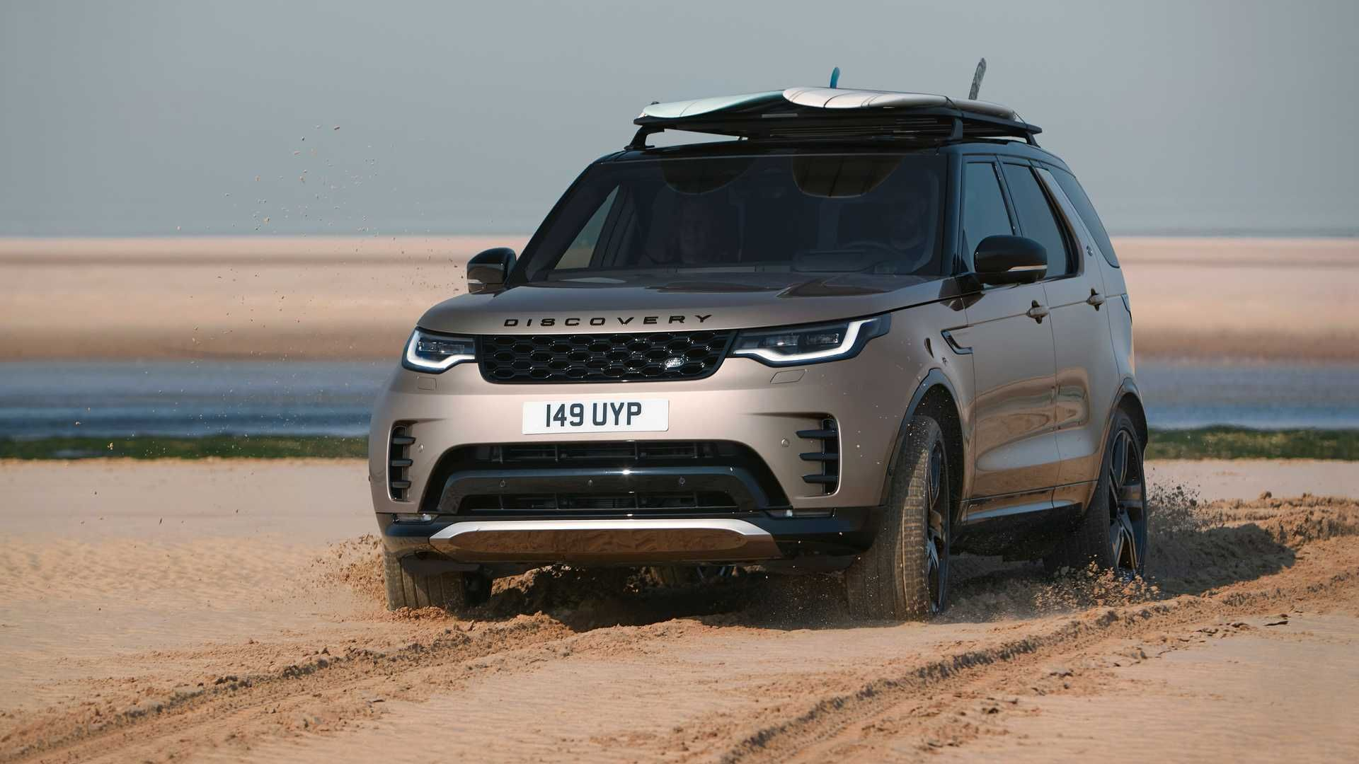 2021-Land-Rover-Discovery-35