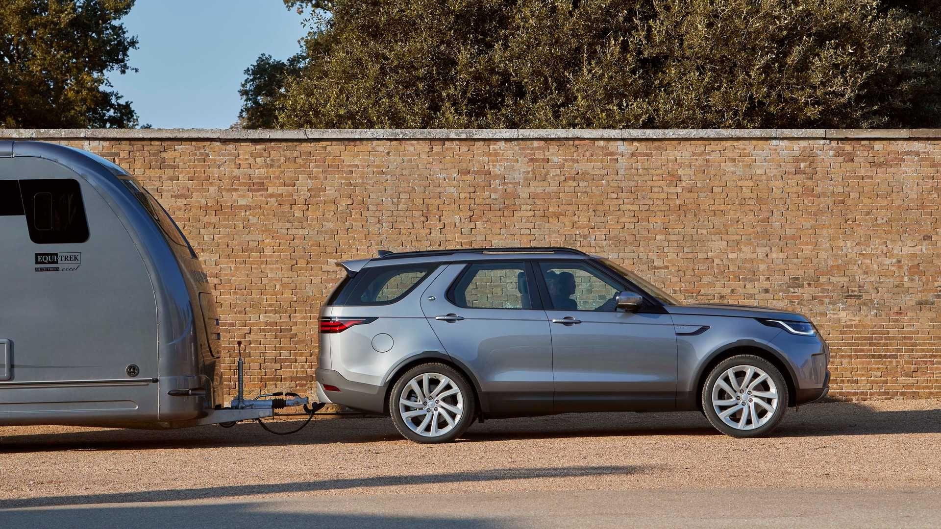 2021-Land-Rover-Discovery-4