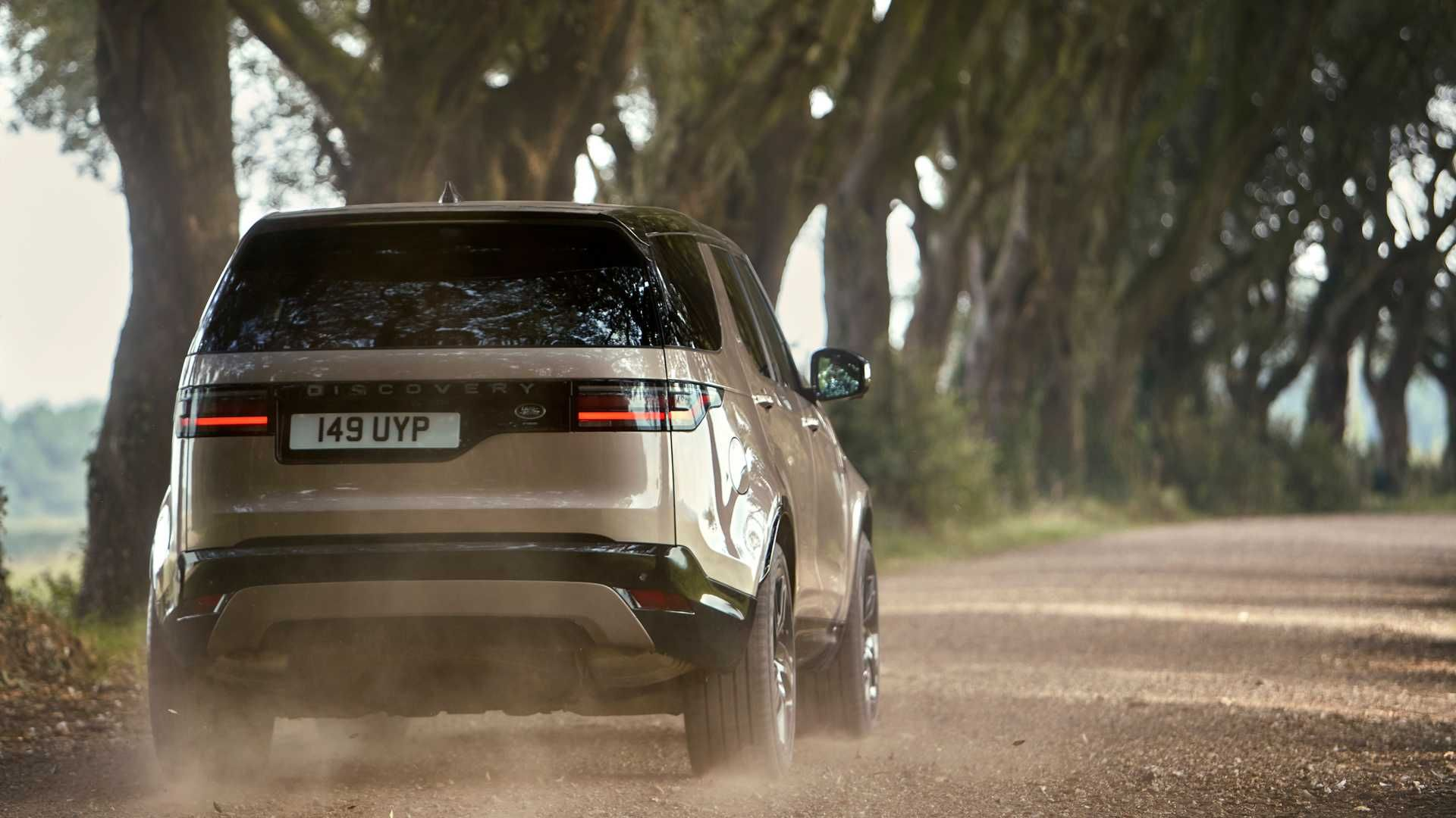 2021-Land-Rover-Discovery-42
