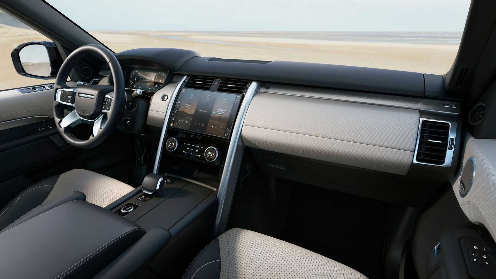 2021-Land-Rover-Discovery-52