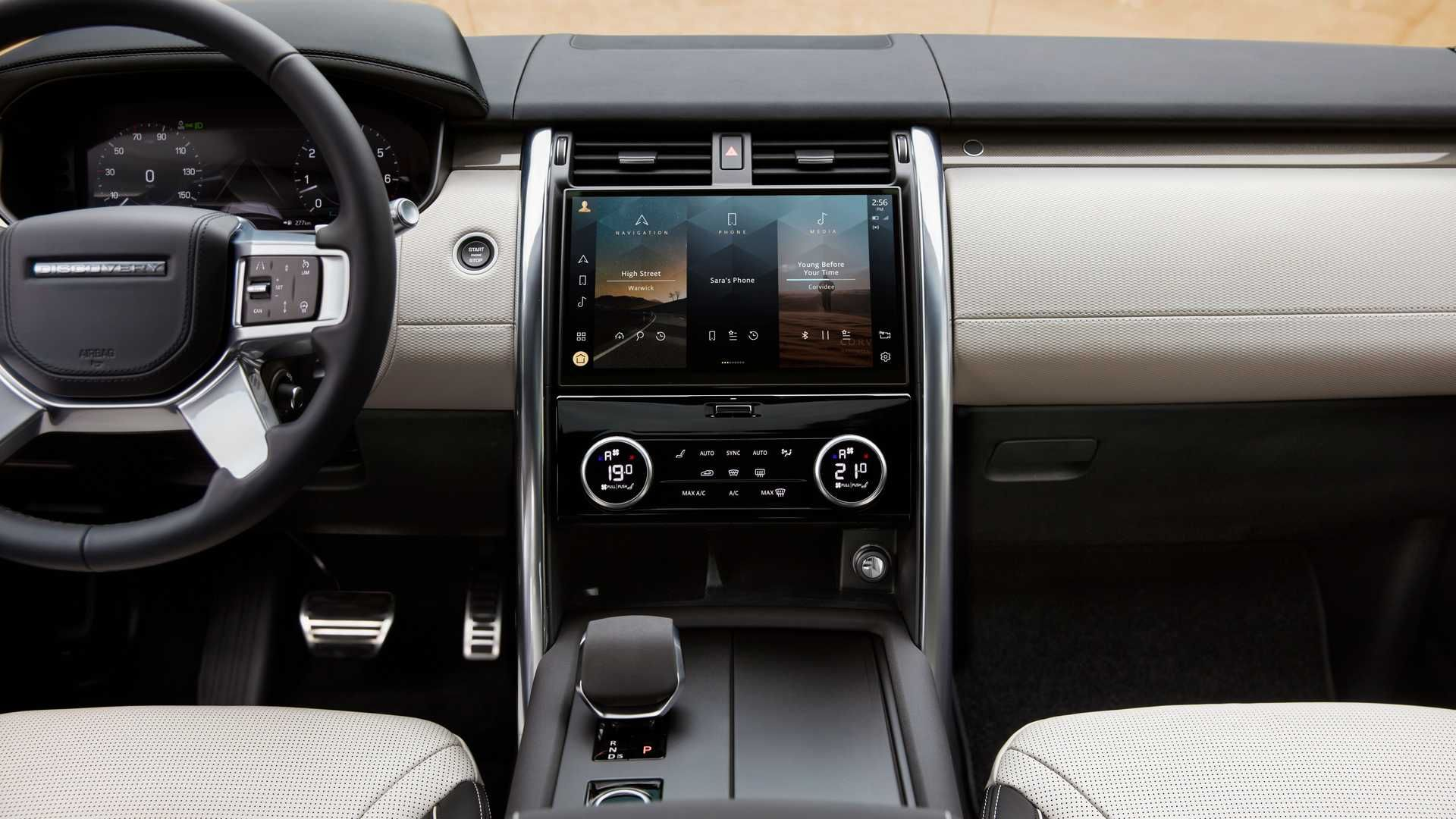 2021-Land-Rover-Discovery-62