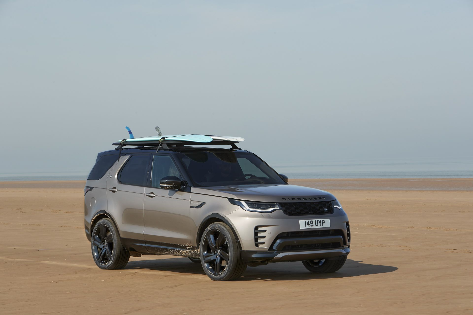 2021-Land-Rover-Discovery-72