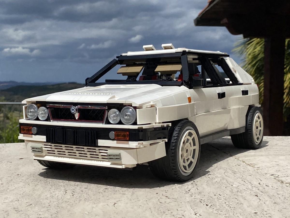 LEGO_Lancia_Delta_Integrale_Rally_Car_0004