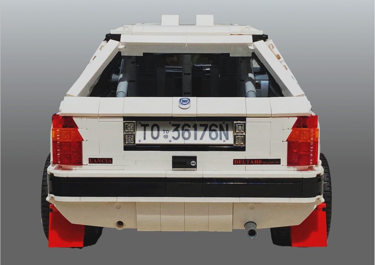 LEGO_Lancia_Delta_Integrale_Rally_Car_0008