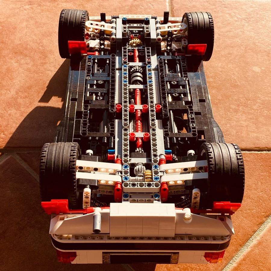 LEGO_Lancia_Delta_Integrale_Rally_Car_0011