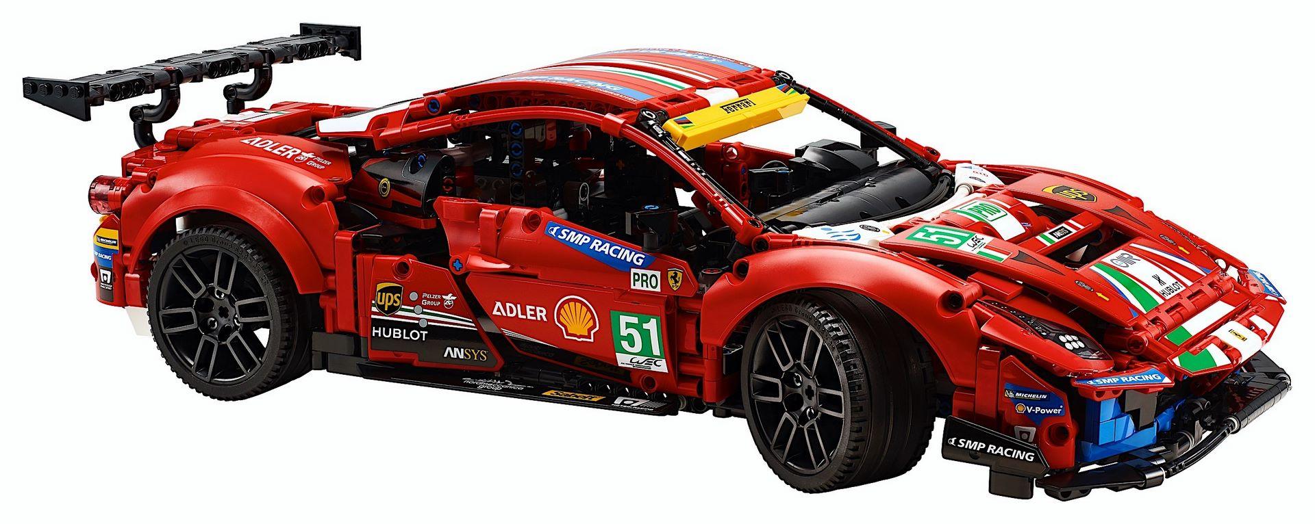 Lego-Technic-Ferrari-488-GTE-AF-Corse-51-12
