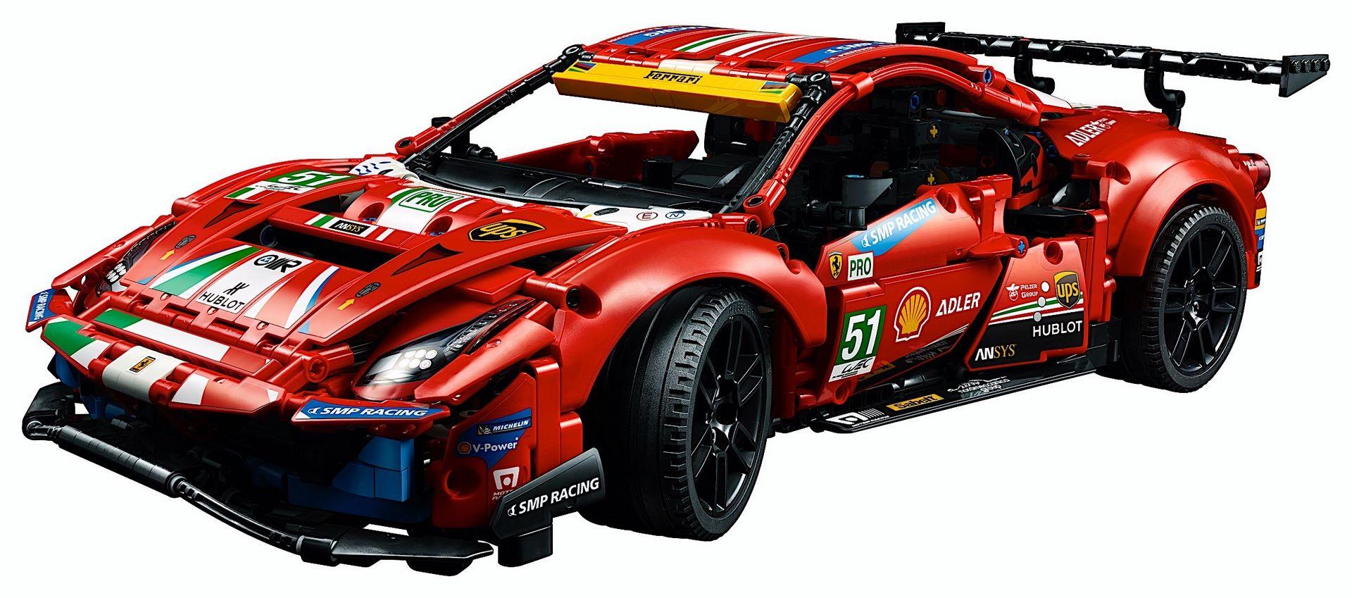 Lego-Technic-Ferrari-488-GTE-AF-Corse-51-13