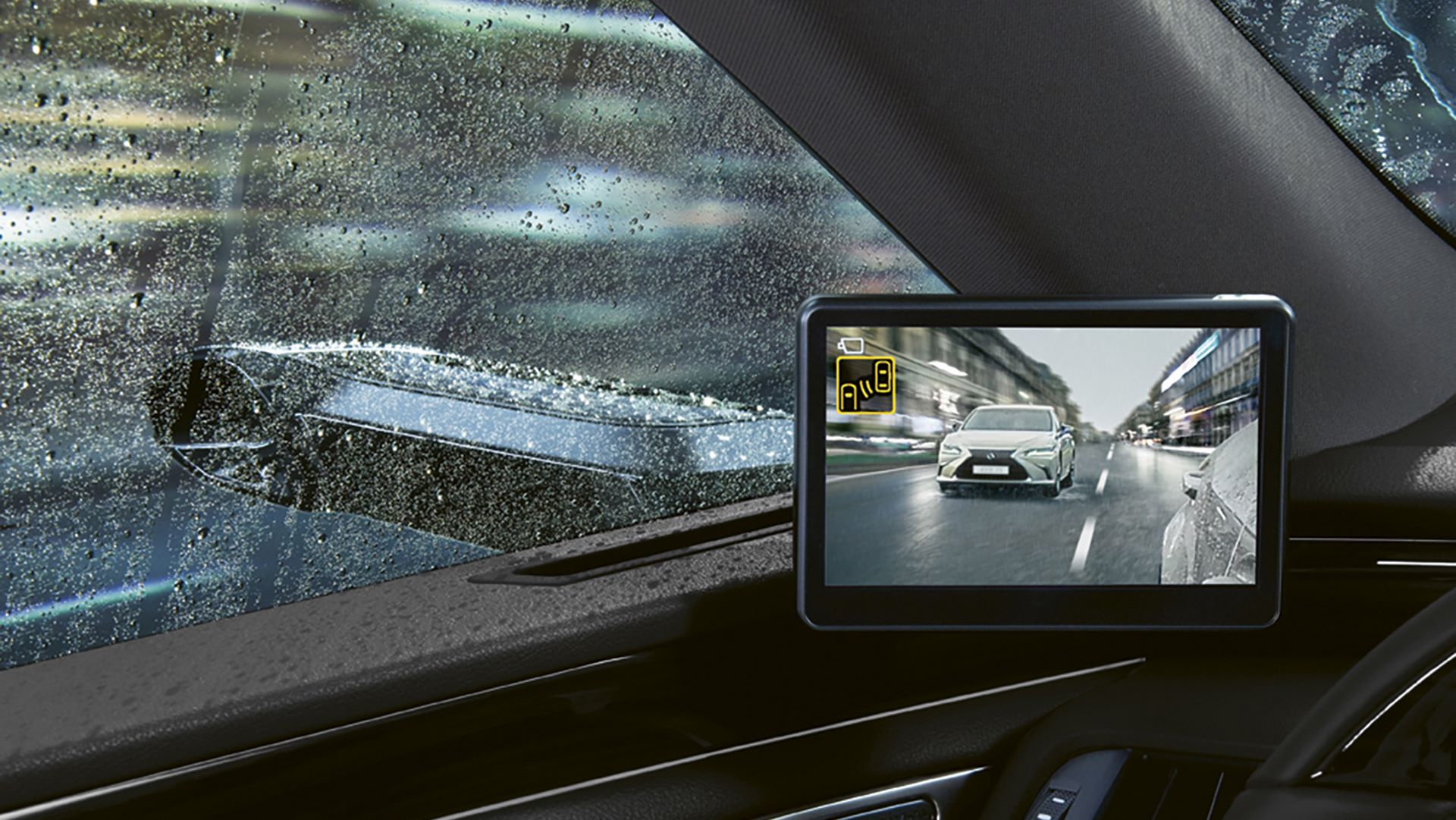 Lexus-ES-300h-camera-digital-mirror-4