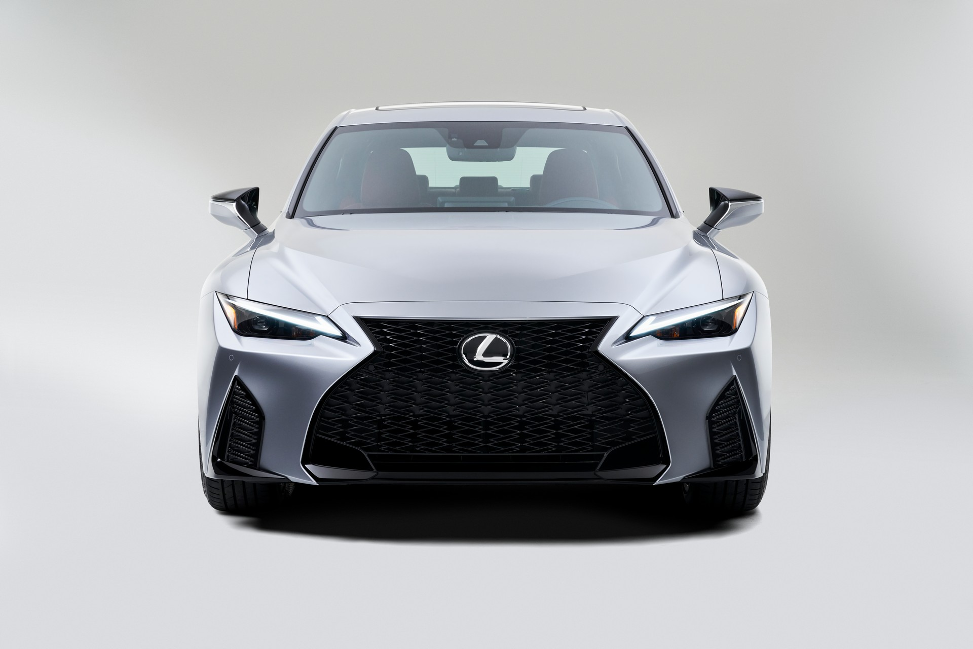 Lexus-IS-2021-12