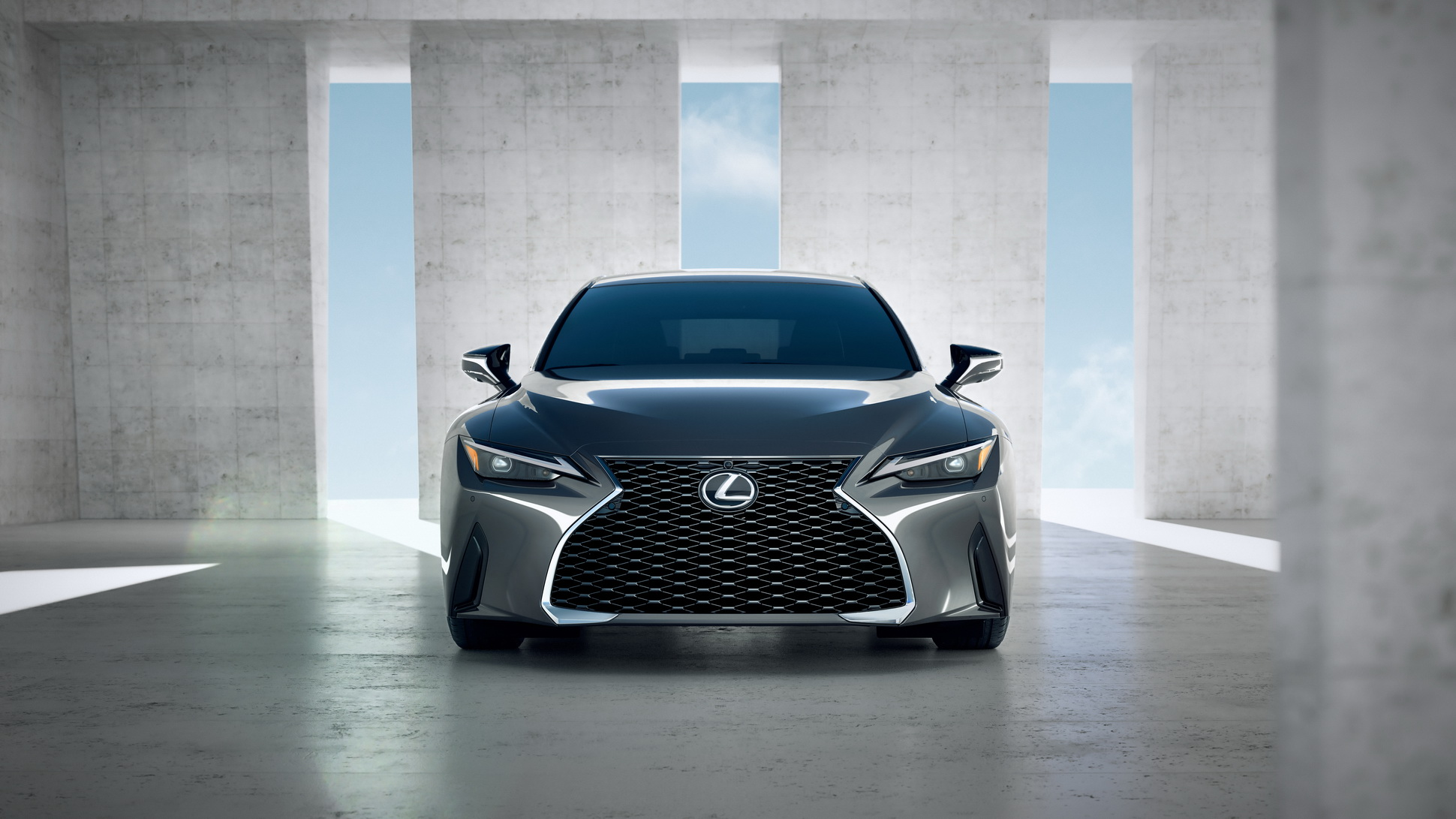 Lexus-IS-2021-24