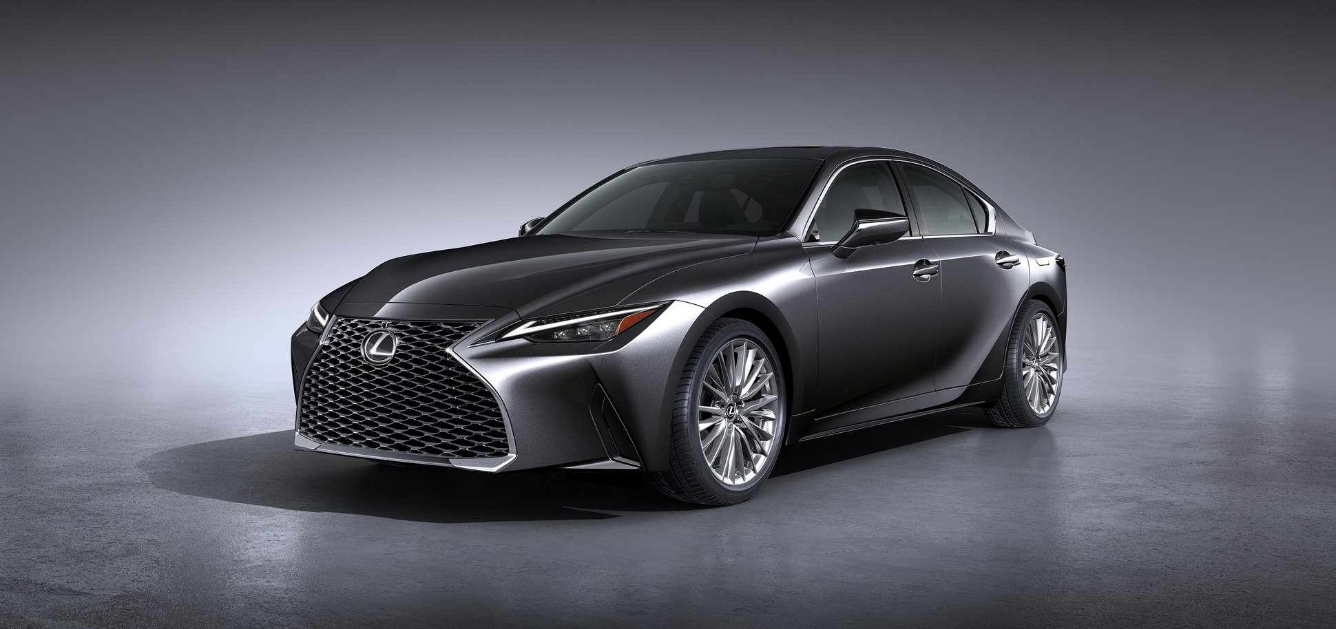 Lexus-IS-2021-42