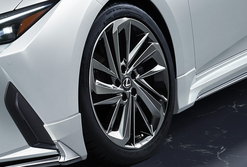 Lexus-IS-by-TRD-and-Modellista-14