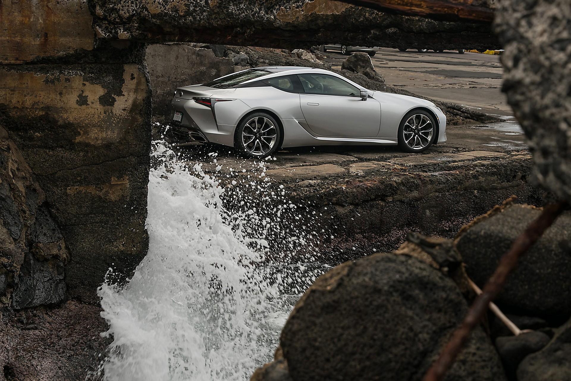 Lexus-LC-2021-13