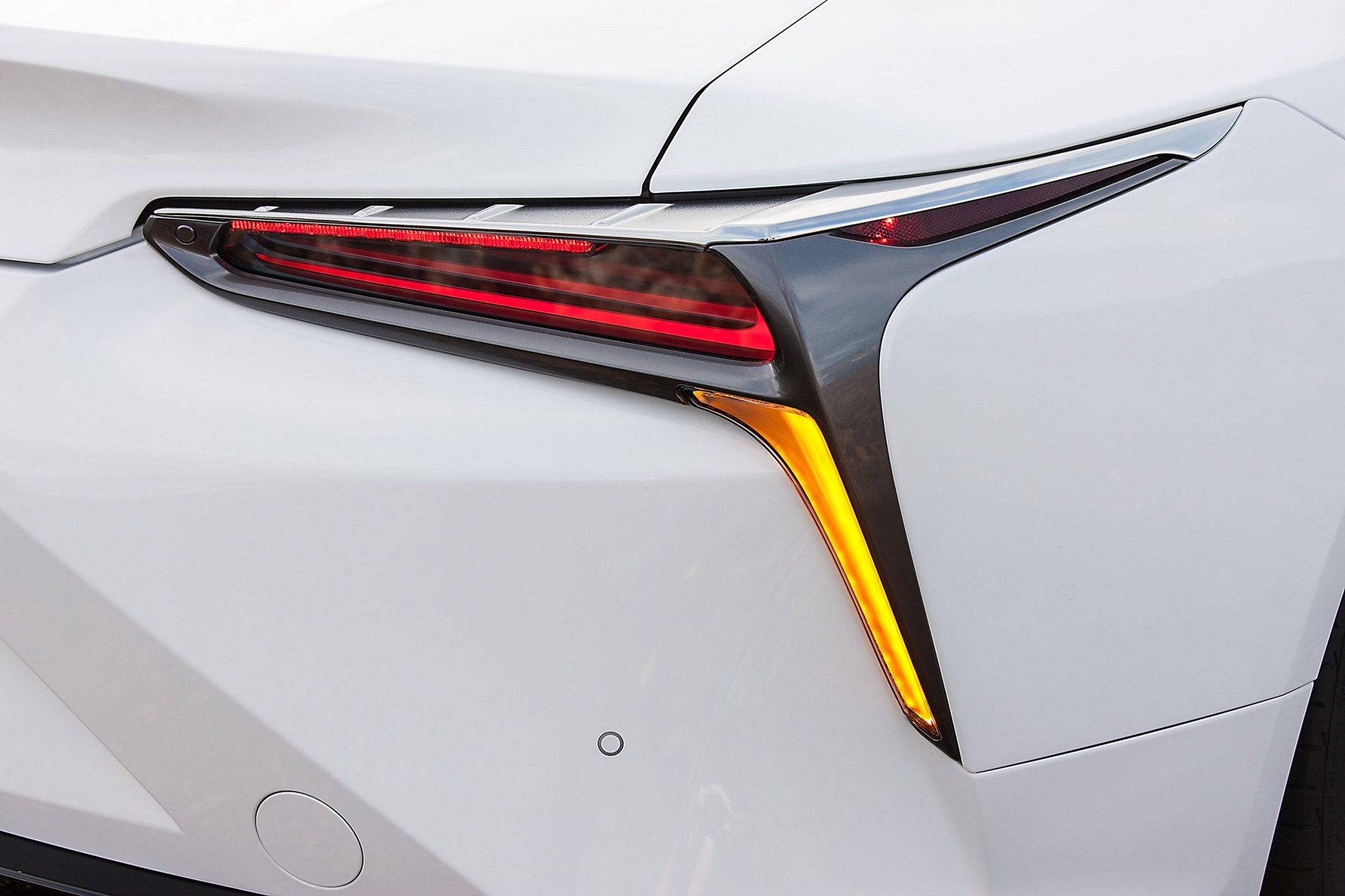 Lexus-LC-2021-23