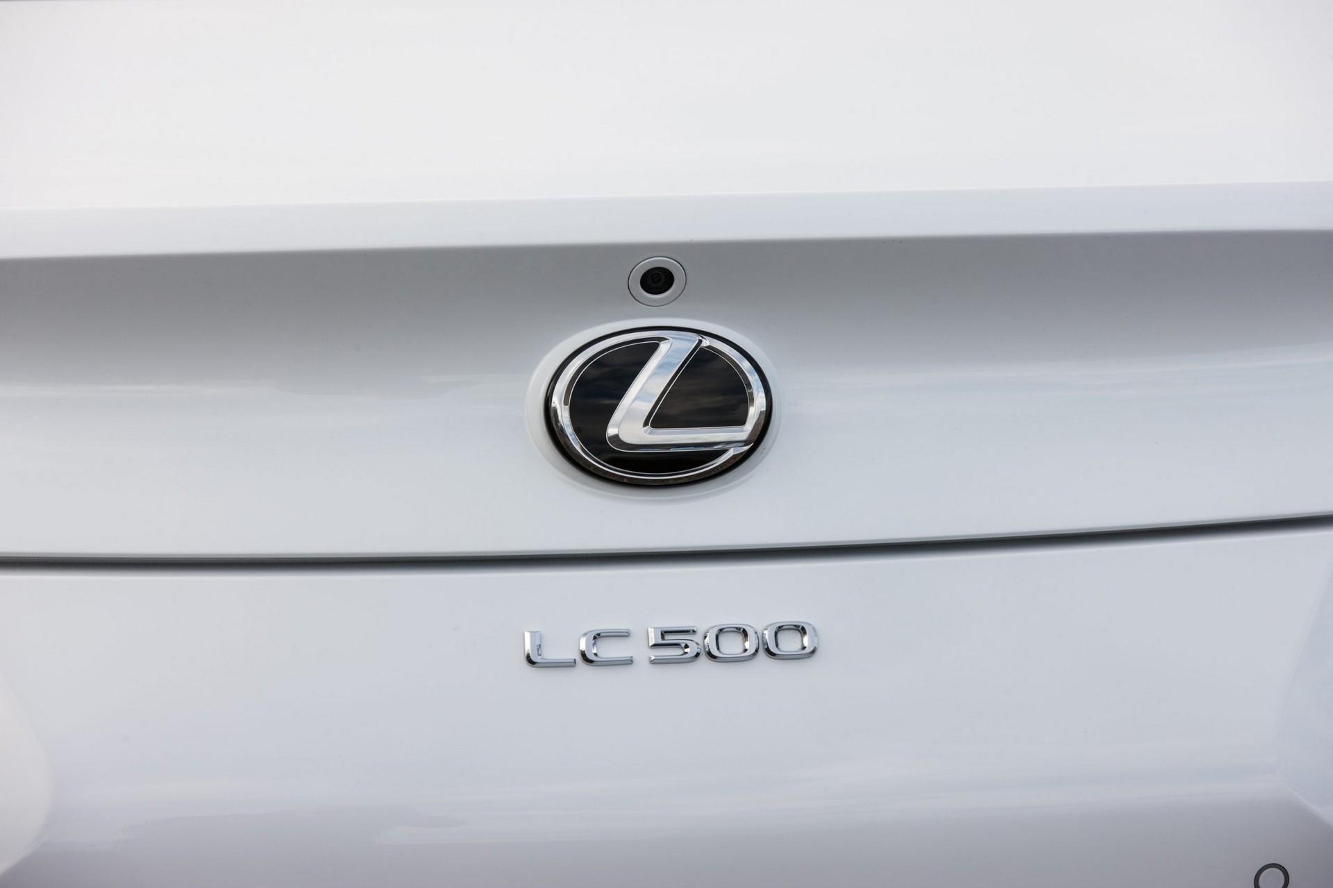 Lexus-LC-2021-28