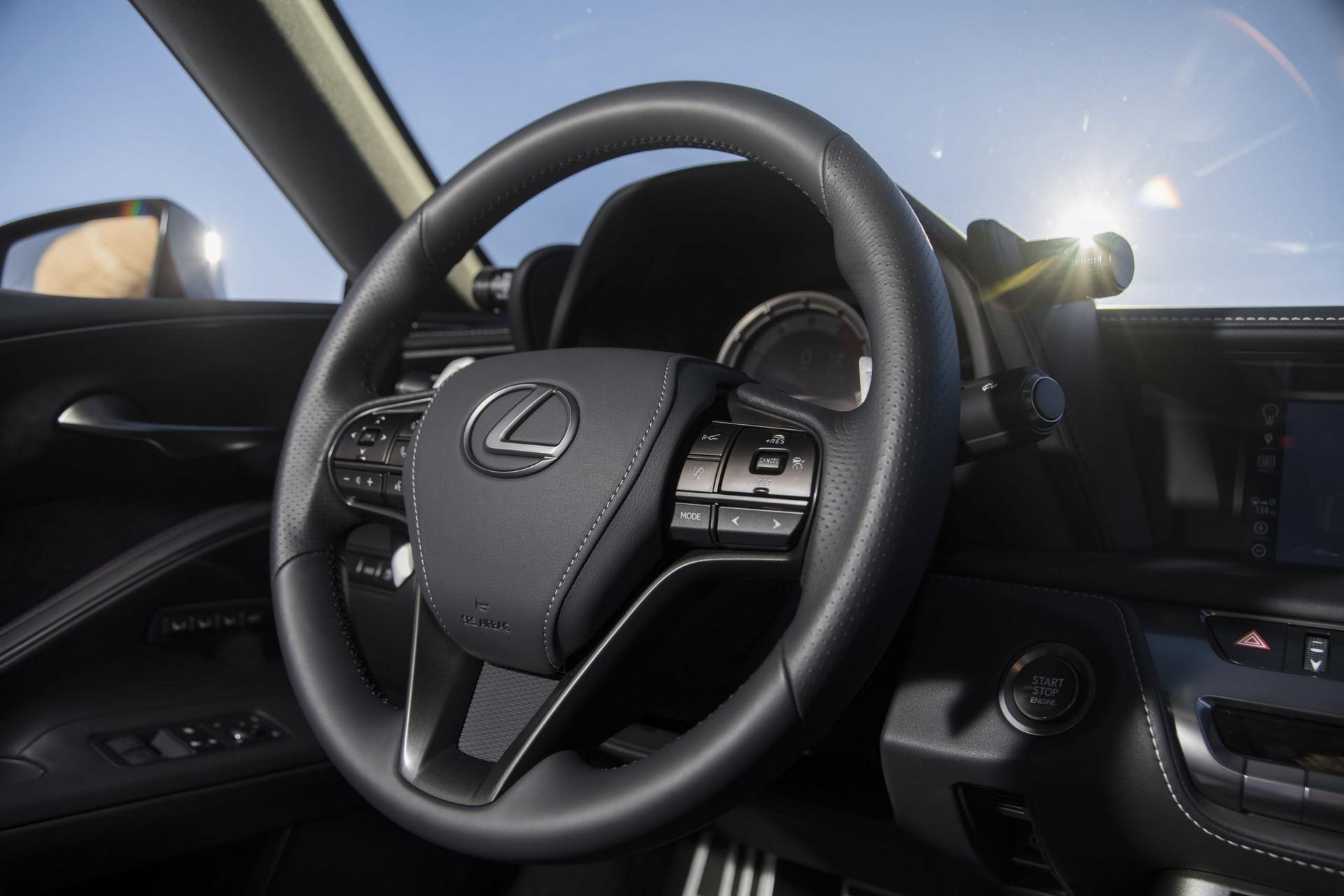 Lexus-LC-2021-32