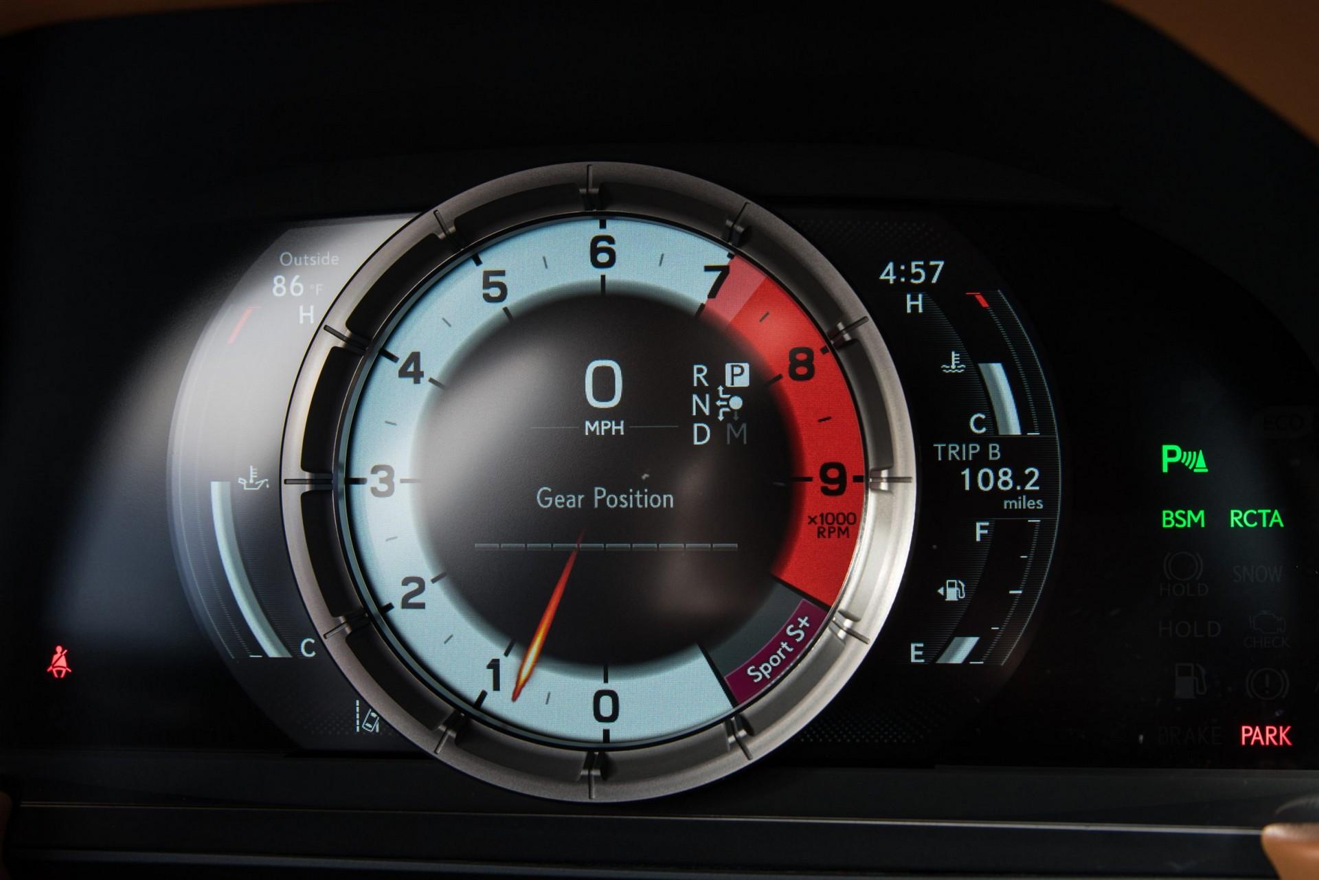 Lexus-LC-2021-40