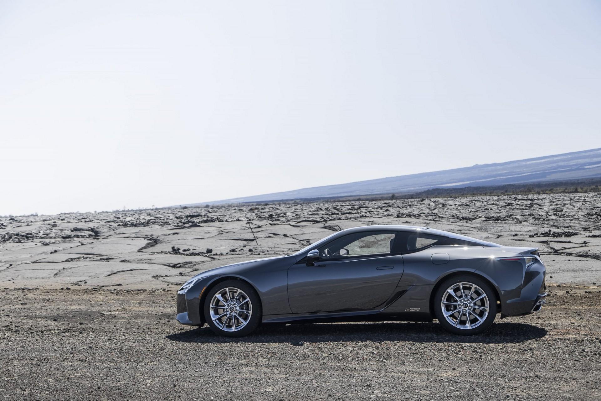Lexus-LC-2021-45
