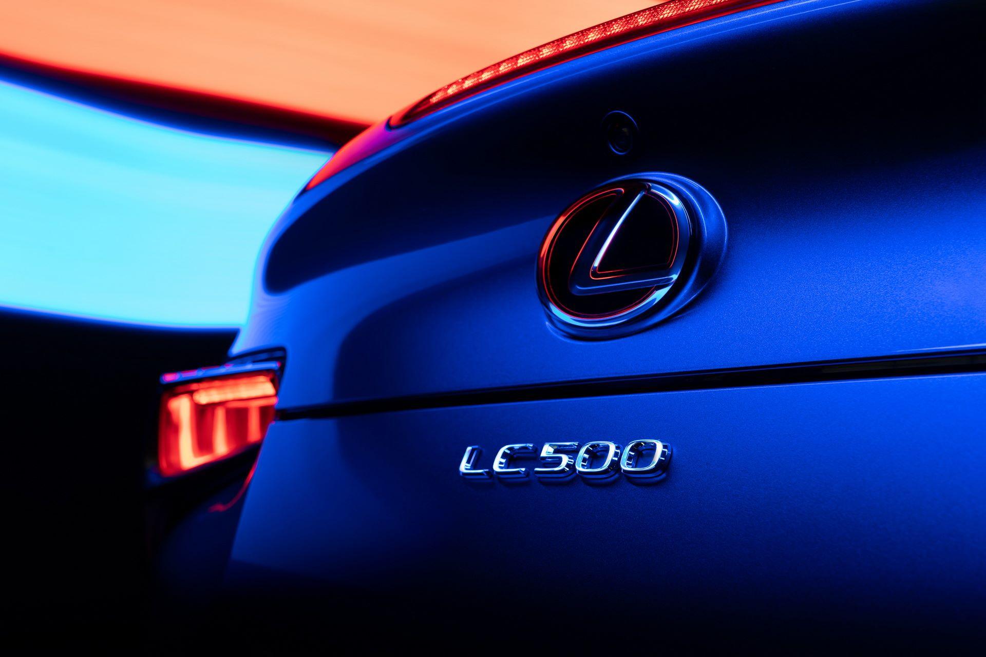 Lexus-LC-500-Convertible-Regatta-Edition-25