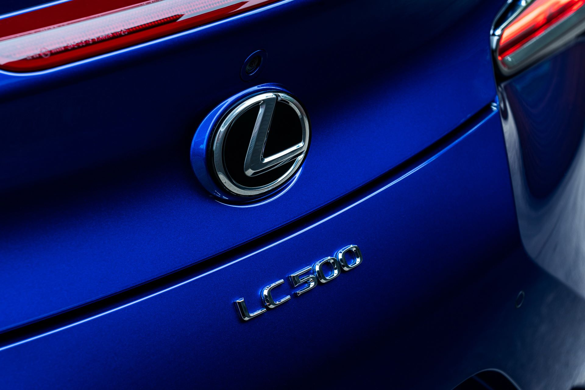 Lexus-LC-500-Convertible-Regatta-Edition-27