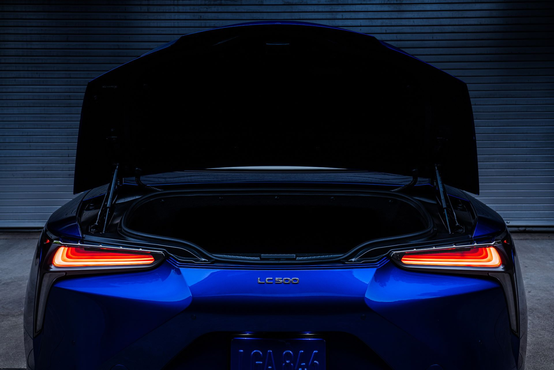 Lexus-LC-500-Convertible-Regatta-Edition-28