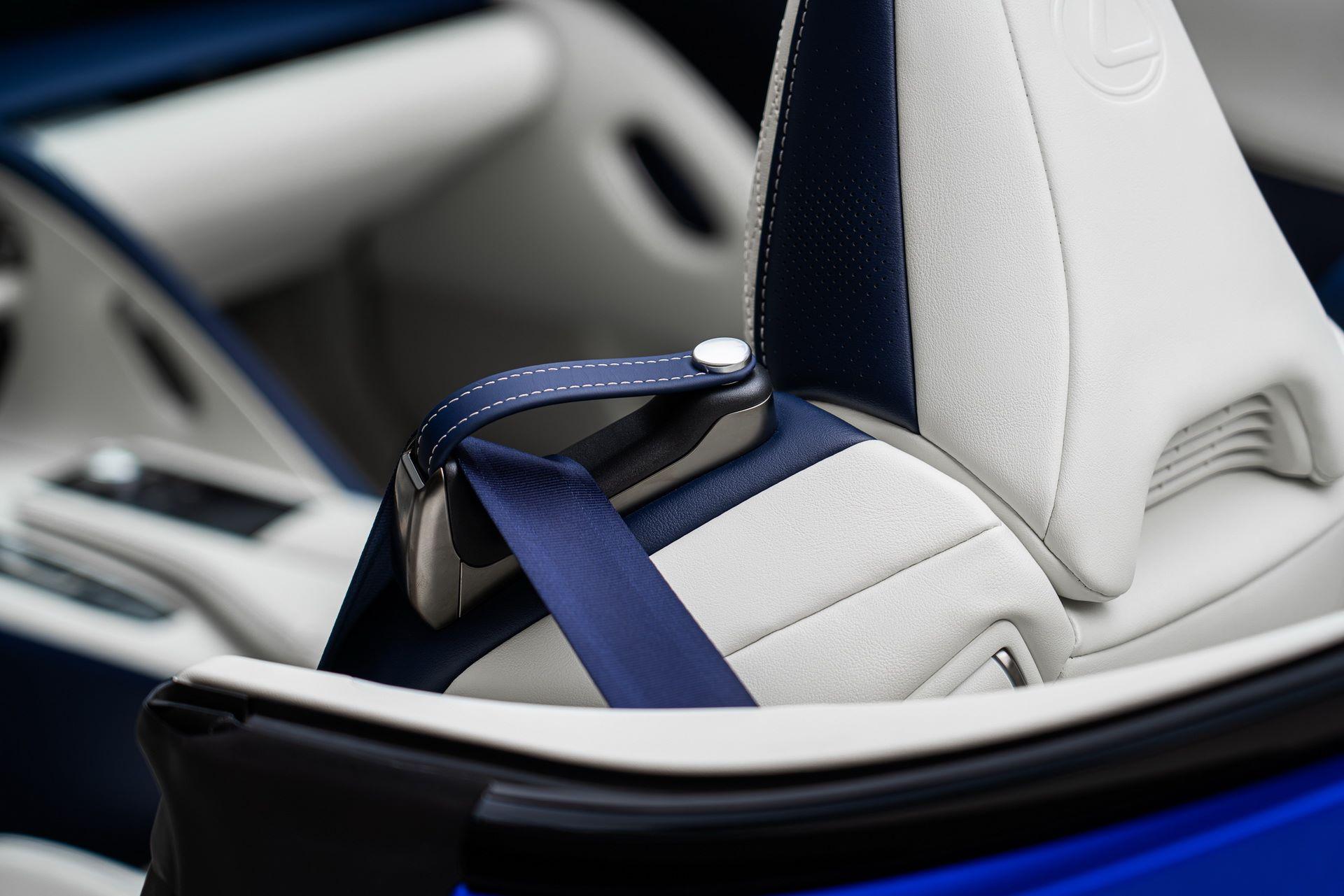 Lexus-LC-500-Convertible-Regatta-Edition-37