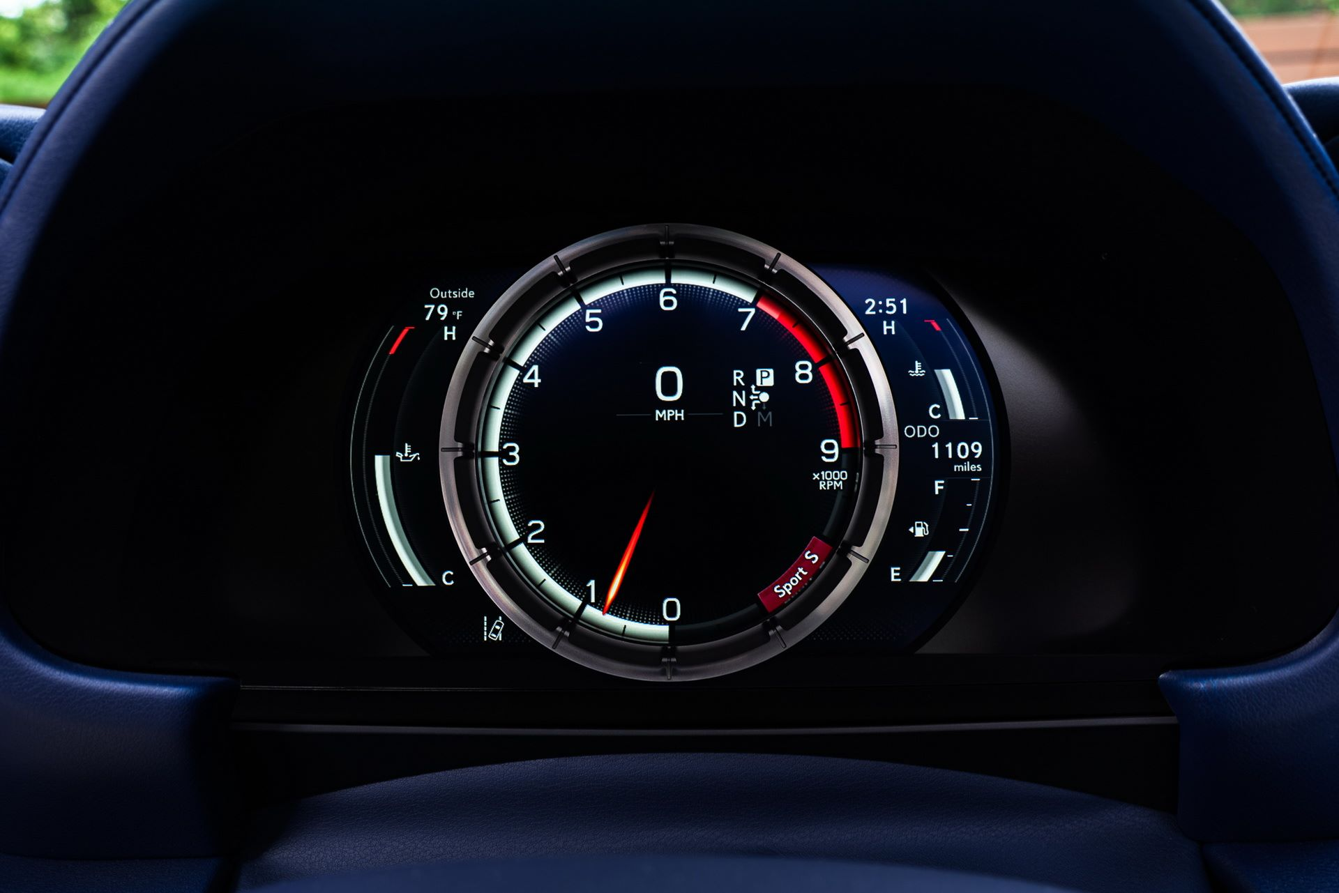 Lexus-LC-500-Convertible-Regatta-Edition-40