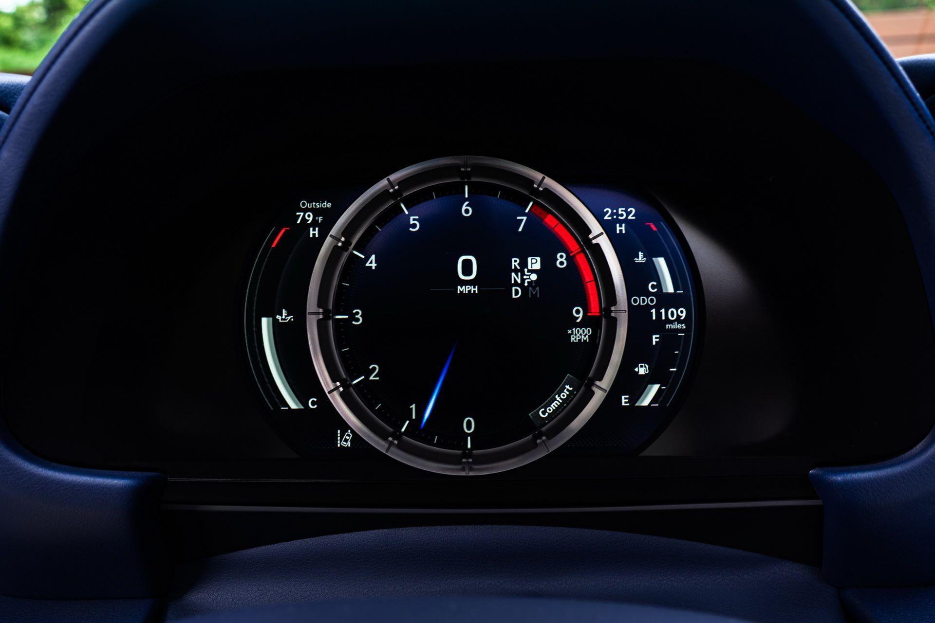 Lexus-LC-500-Convertible-Regatta-Edition-48