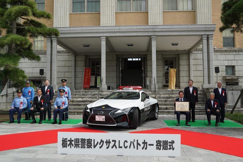 Lexus-LC-500-Police-car-5