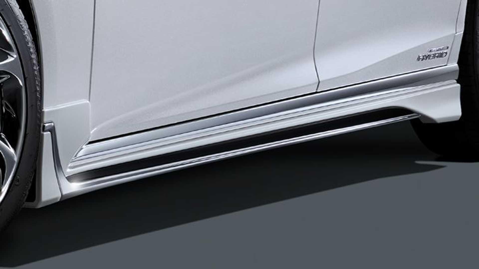 Lexus-LS-F-Sport-Modellista-3