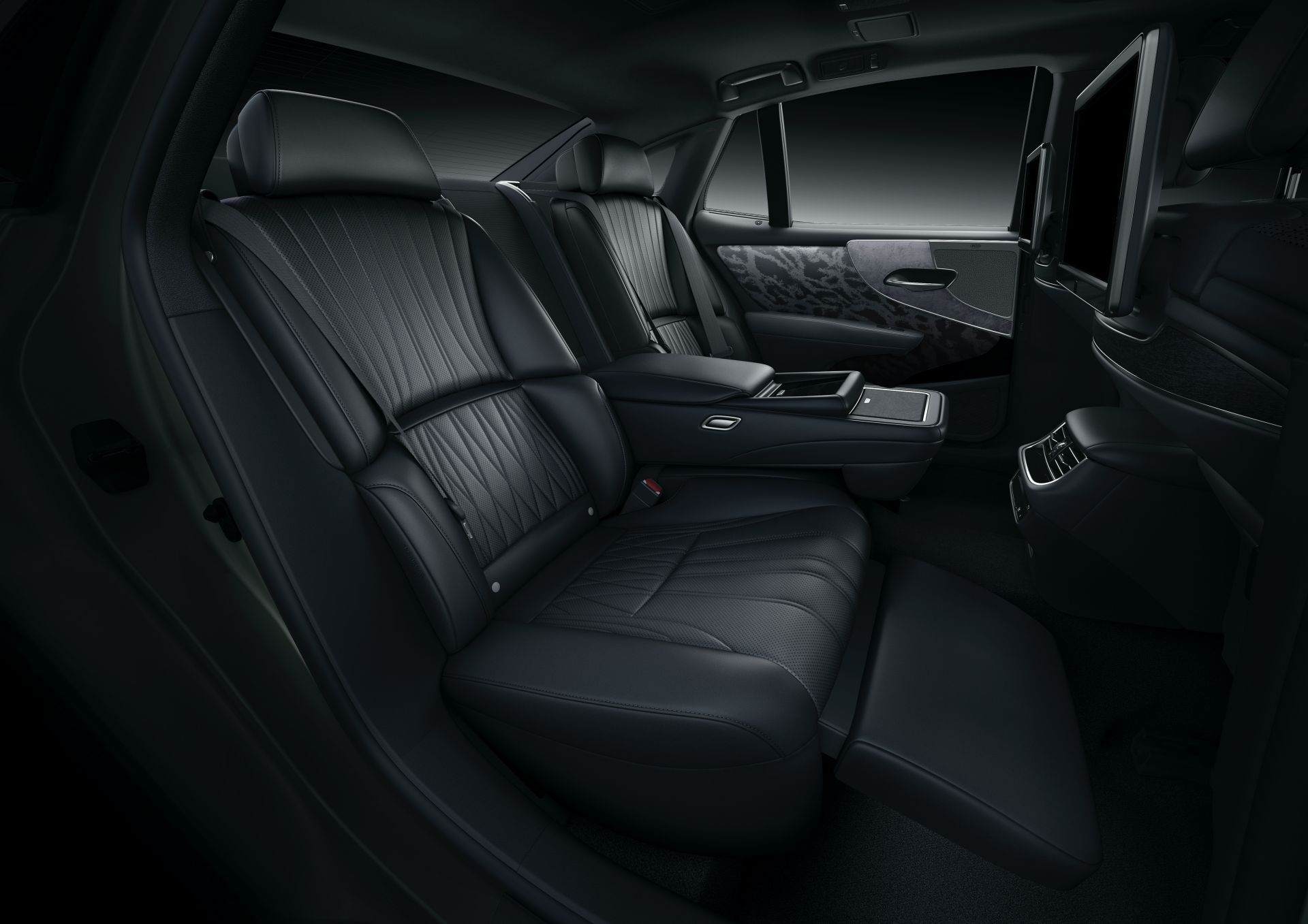 Lexus-LS-Facelift-2021-24