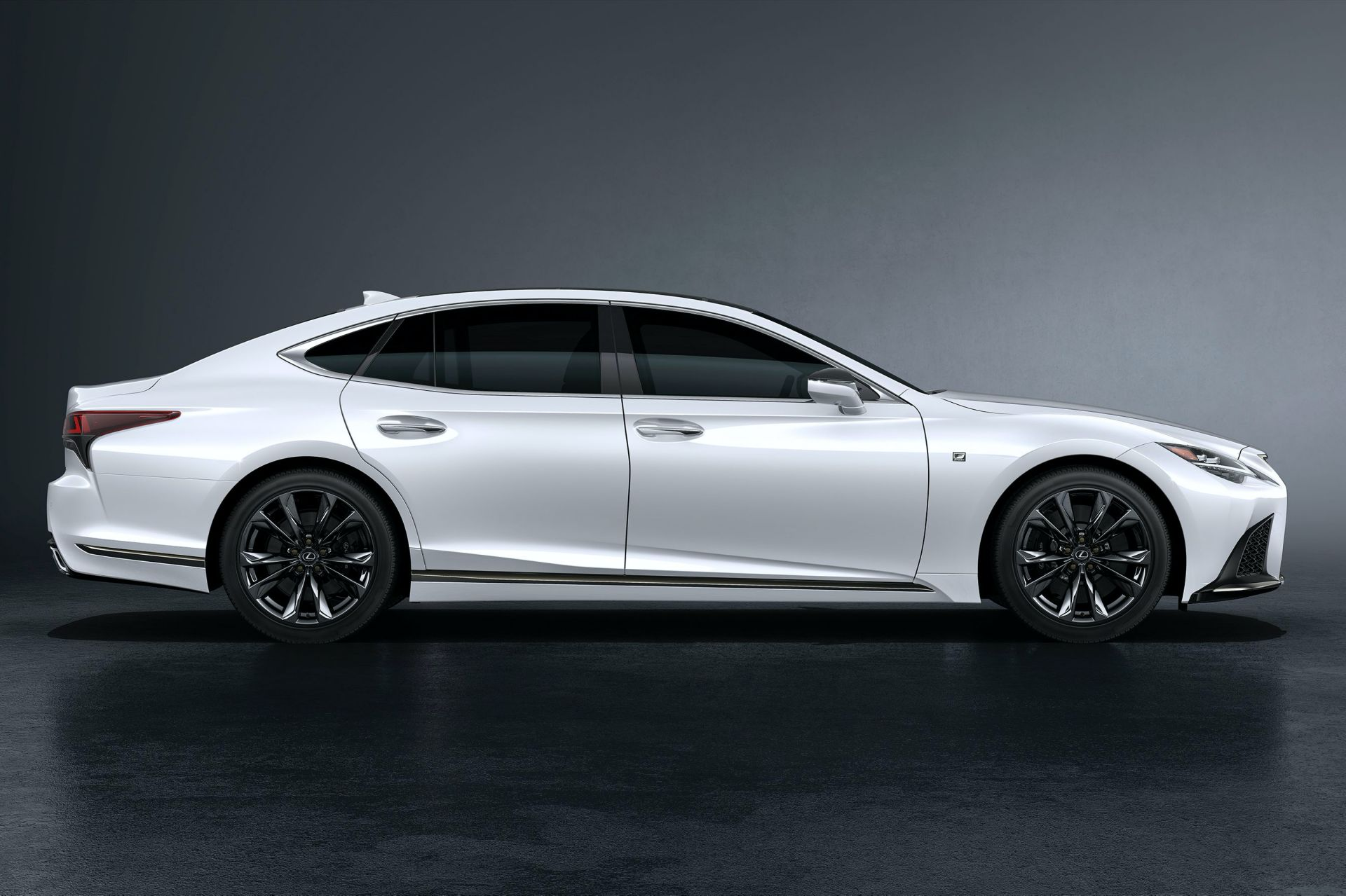 Lexus-LS-facelift-2021-4